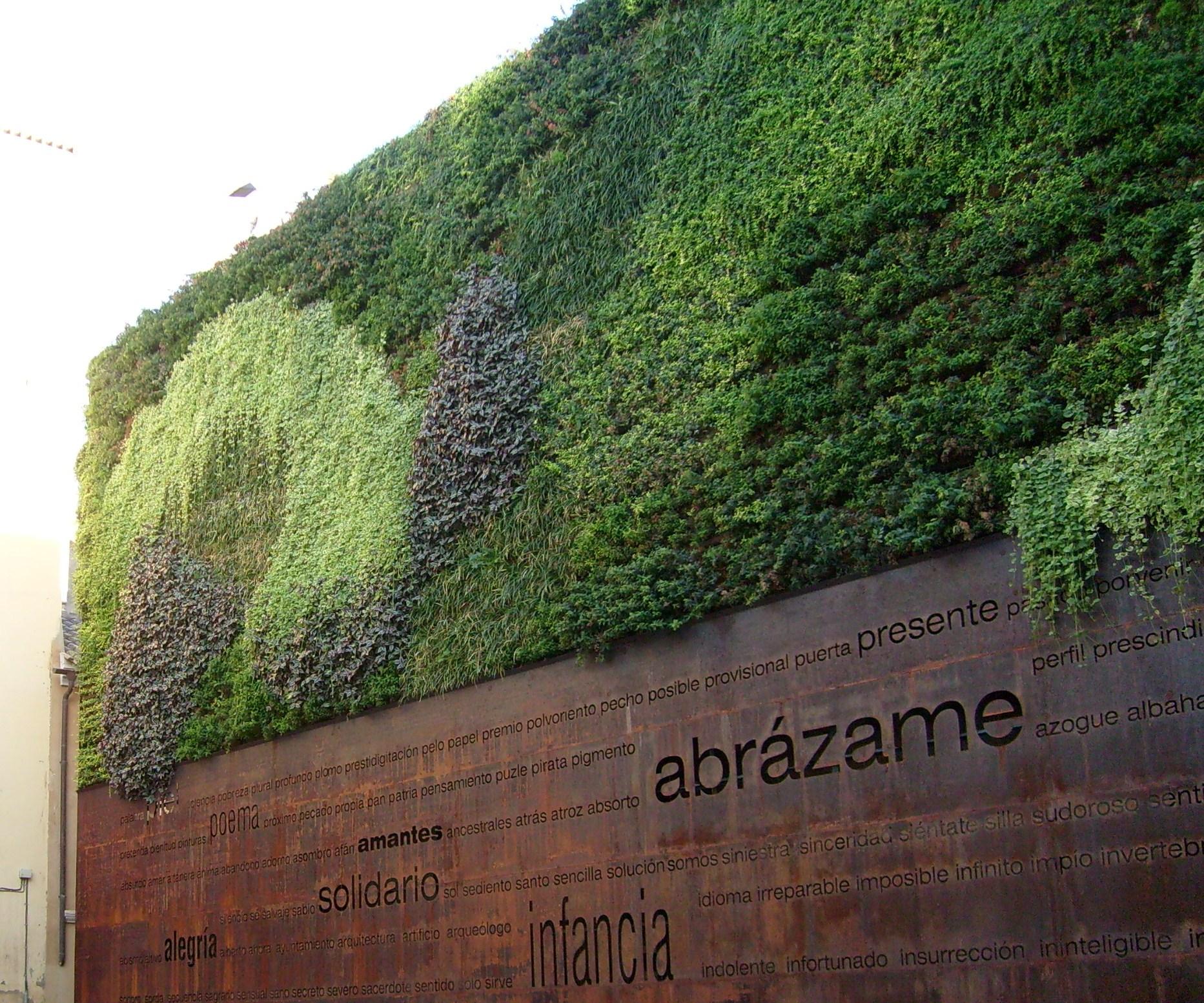 Jard n vertical como construir uno taringa for Que es un jardin vertical