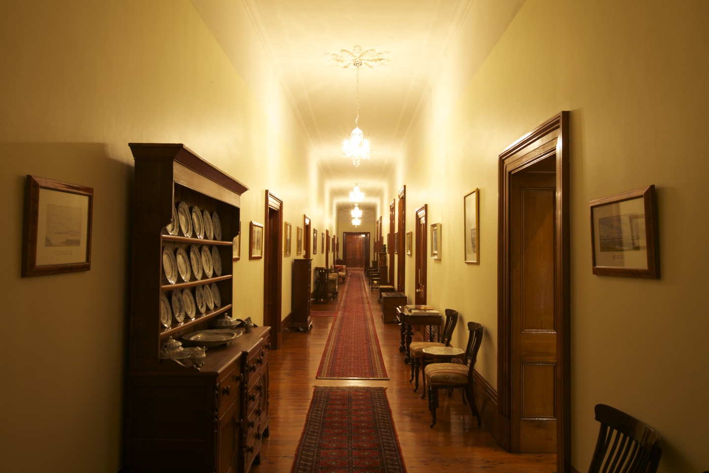 20 Long Corridor Design Ideas Perfect for Hotels and ... |House Corridors
