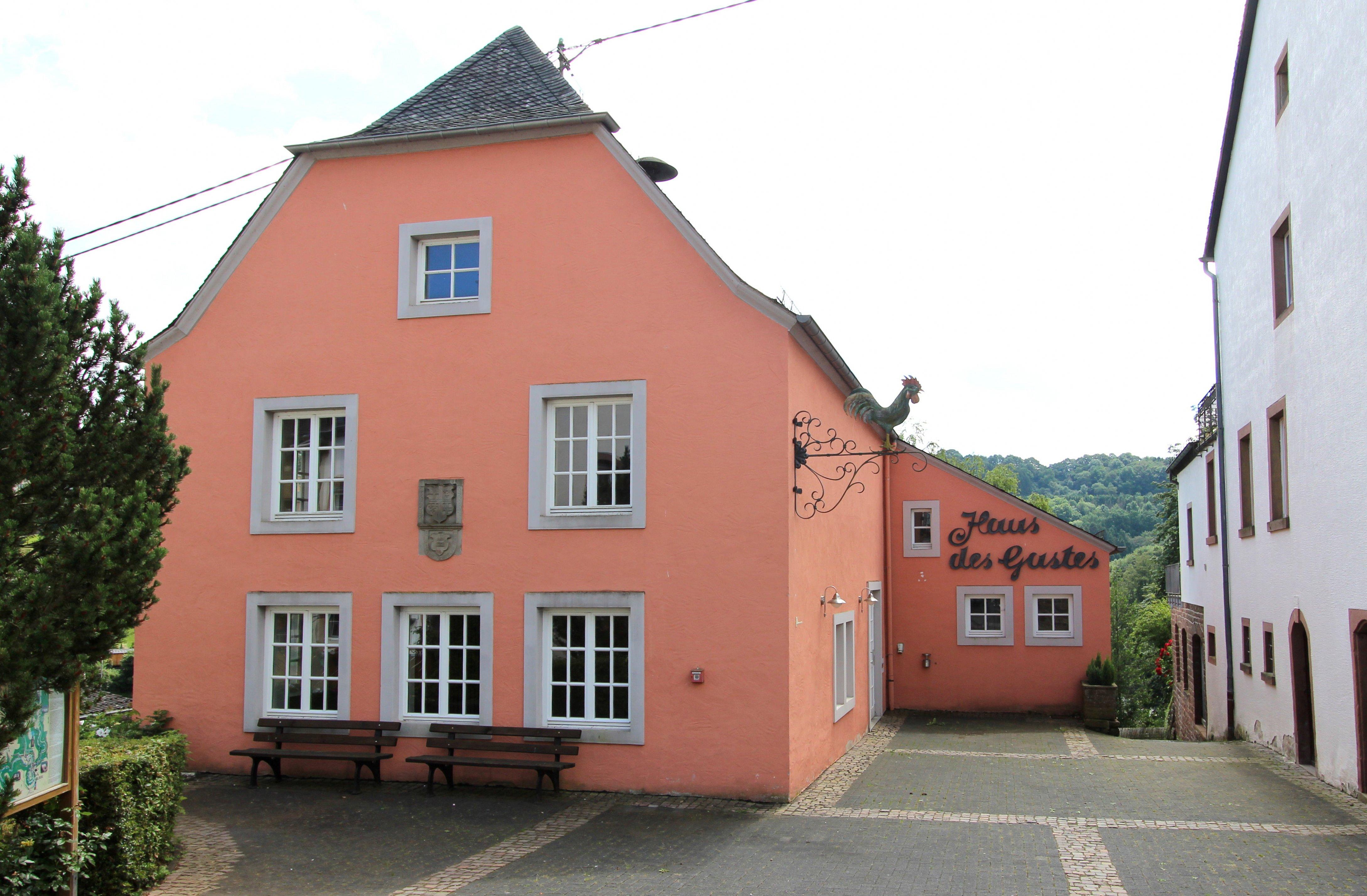 File Kyllburg Eifel Haus des Gastes a Wikimedia