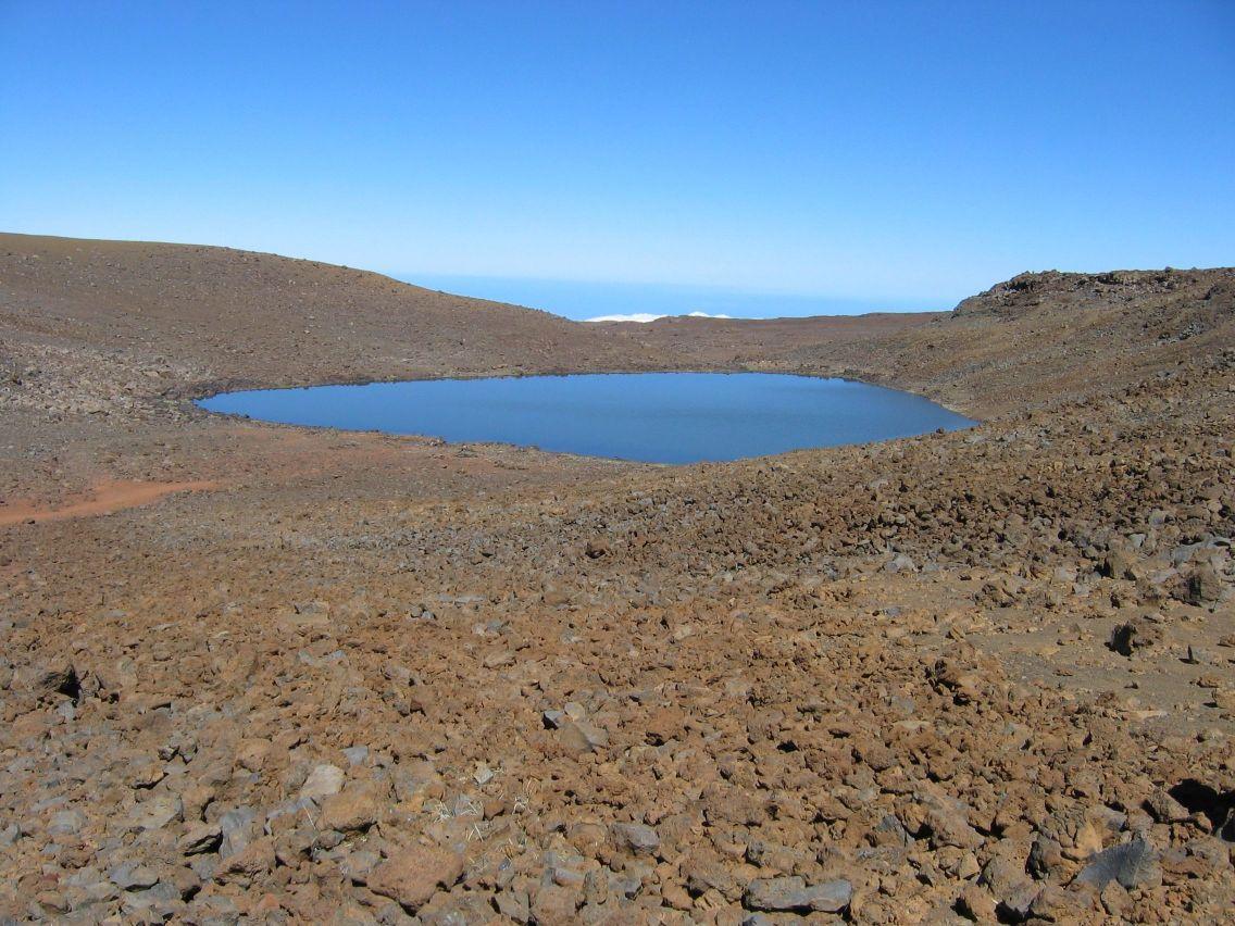 Lake Waiau2.jpg