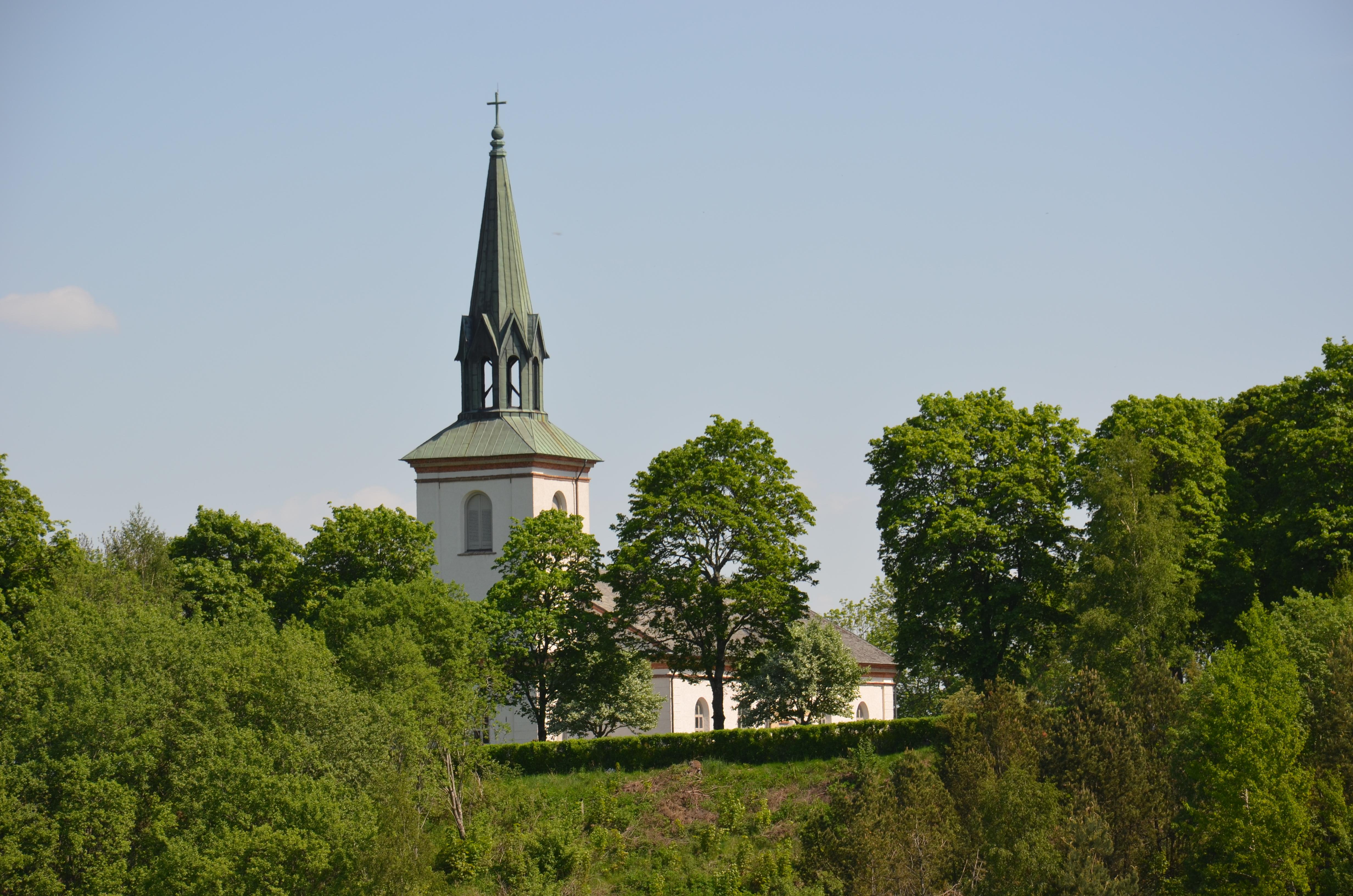 Bild av Larvs kyrka