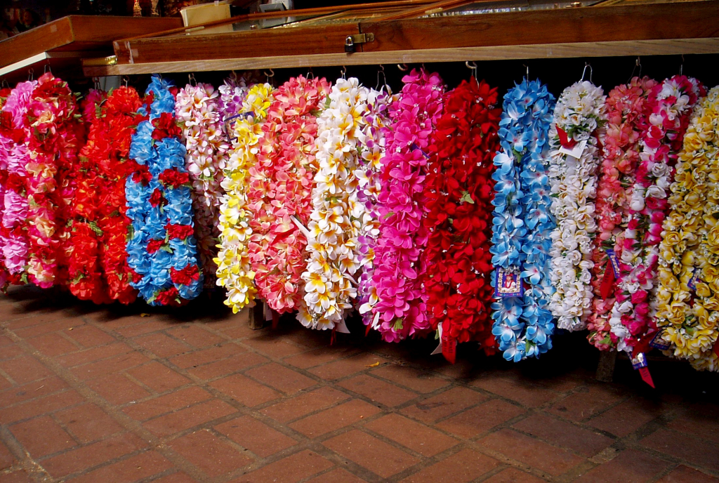 hawaiian wedding leis and flowers