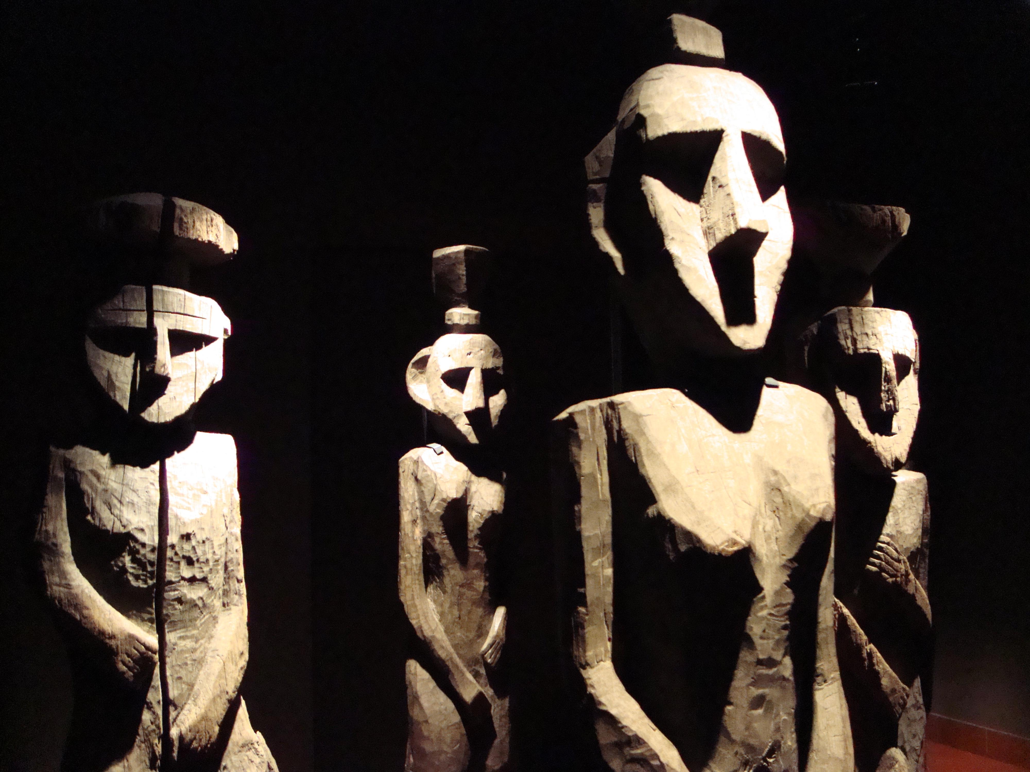 Mapuche sculptures