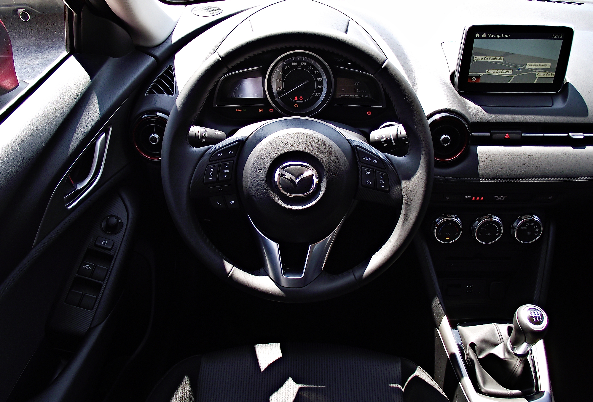 datei mazda cx 3 2 0 skyactiv g 150 awd exclusive line interieur cockpit wikipedia. Black Bedroom Furniture Sets. Home Design Ideas