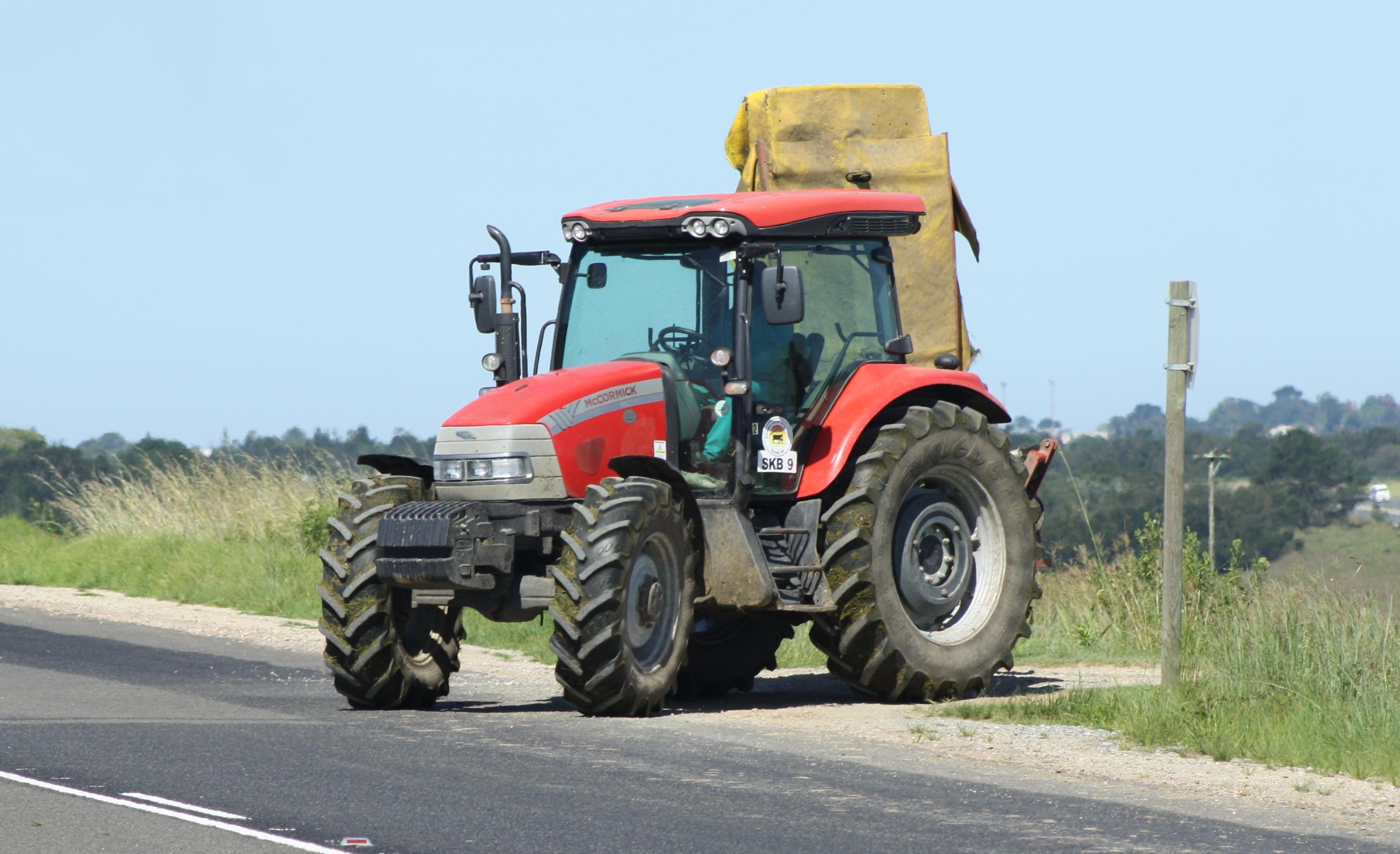 File:McCormick MC115 tractor (16473472721).jpg