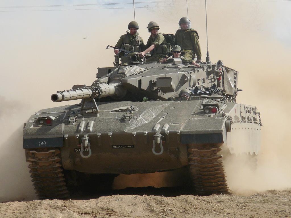 العراق يكشف لاول مرة عن مشروع الدبابة الوطنية( كفيل-1 )الصمم وسينفذ داخل العراق وبخبرات وطنيه Merkava_mkib_lesany