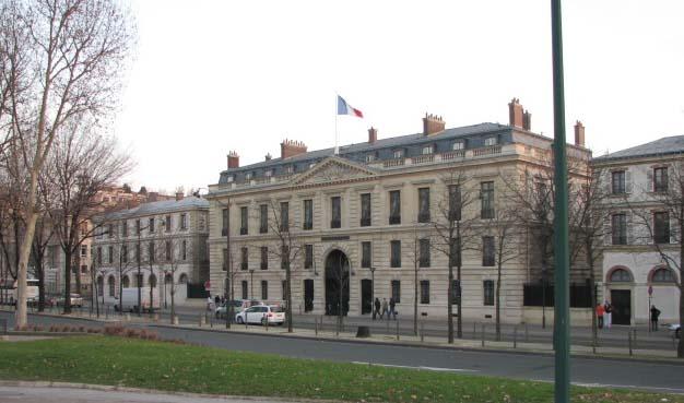 Alma Paris Hotel