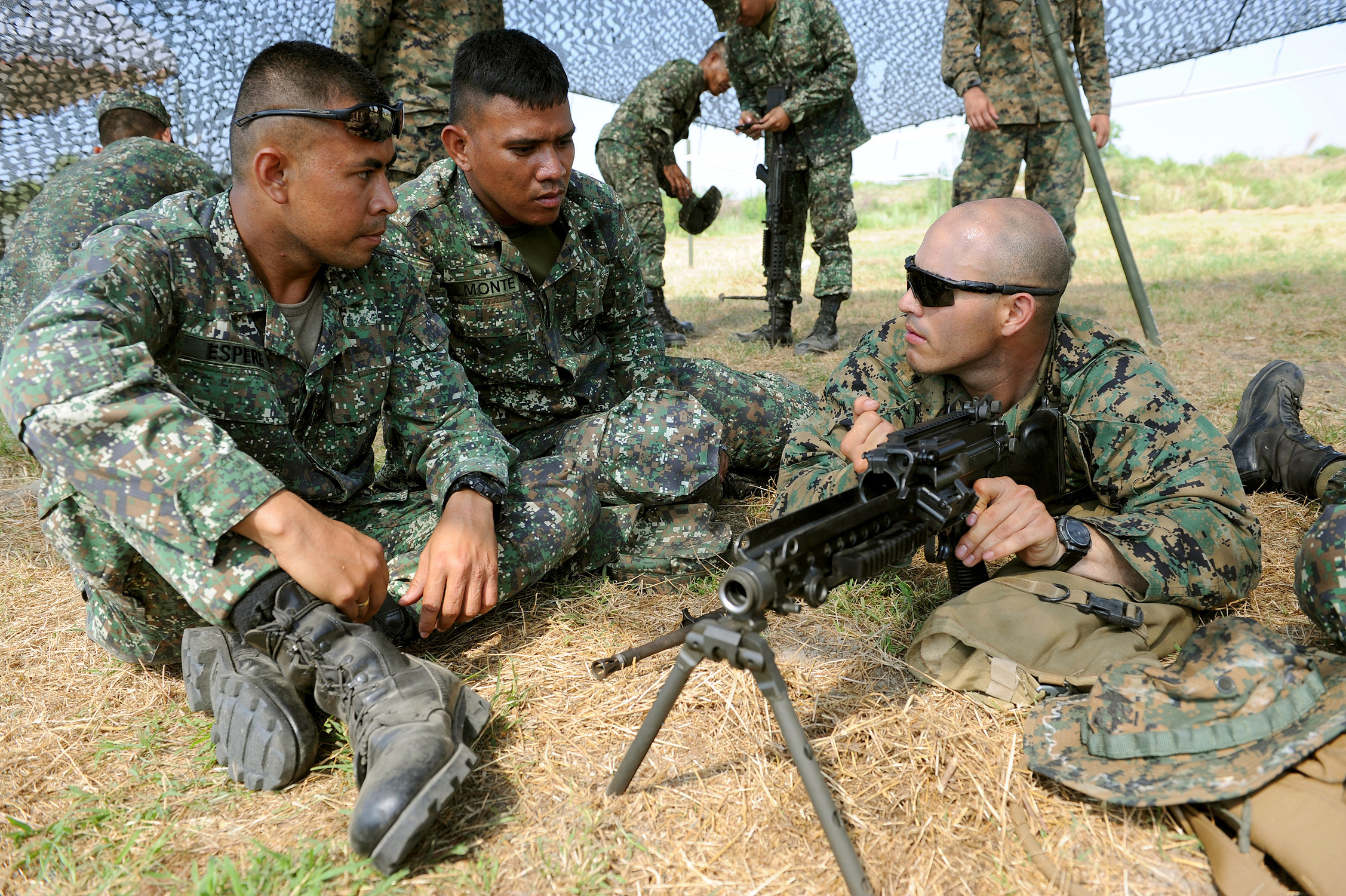 File:Philippine Marine Cpl. Milky Espere, left, and Cpl ...