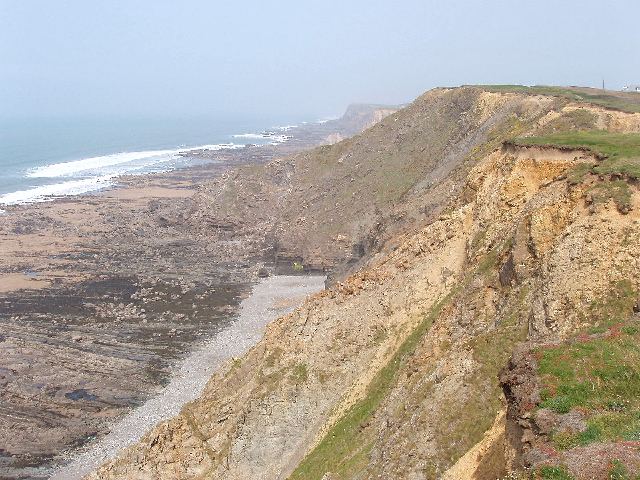 Phillip's Point, beach and cliffs - geograph.org.uk - 411201
