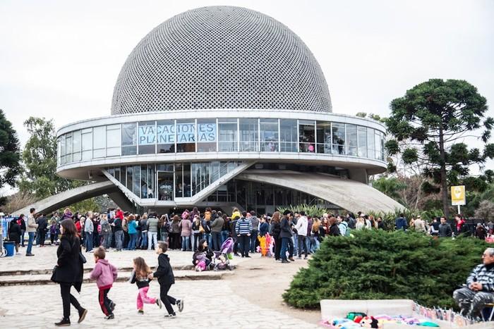 Planetario galileo galilei wikipedia la enciclopedia libre for Fuera de serie bogota empleo