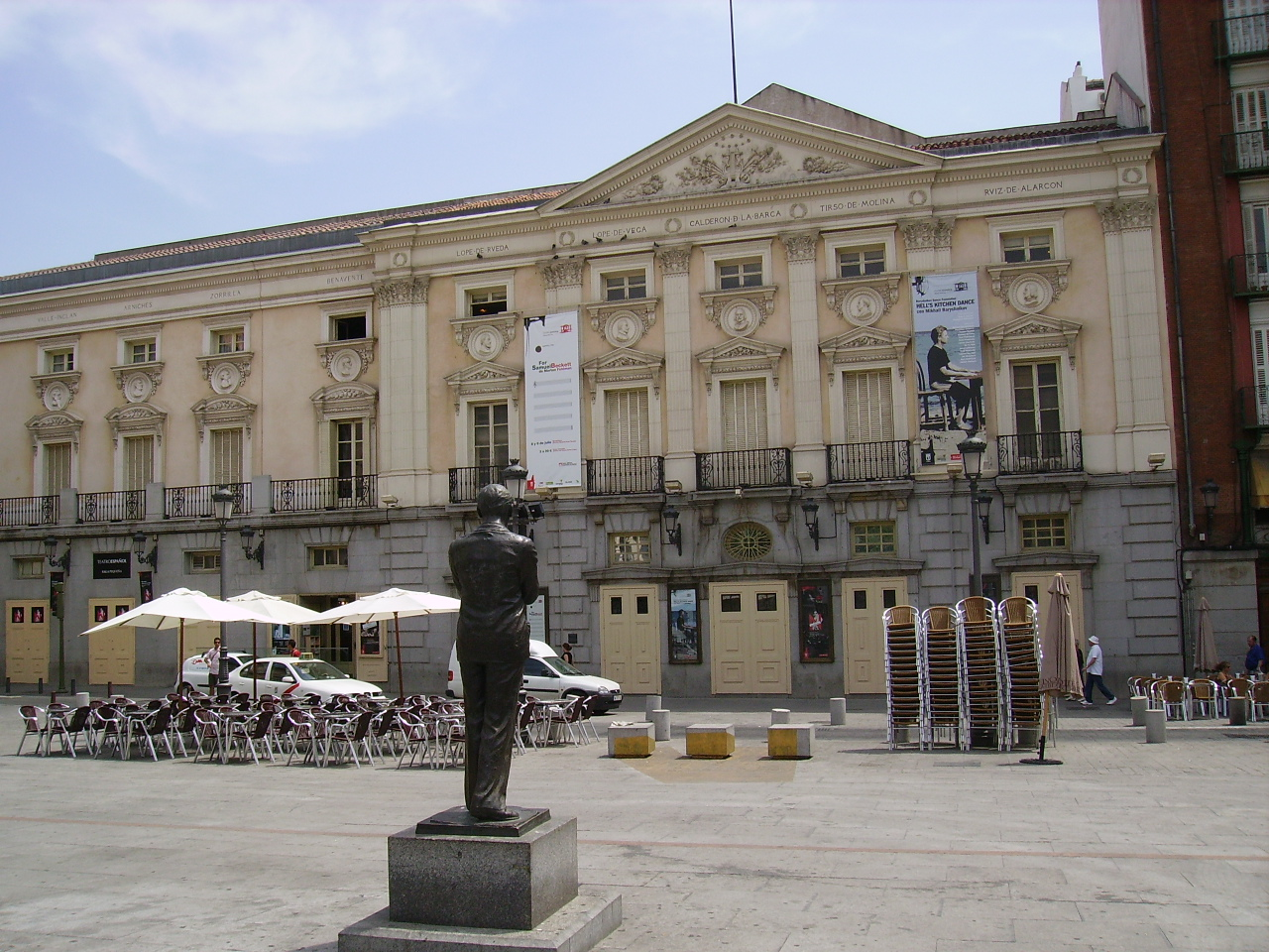 File Plaza De Santa Ana Jpg Wikimedia Commons