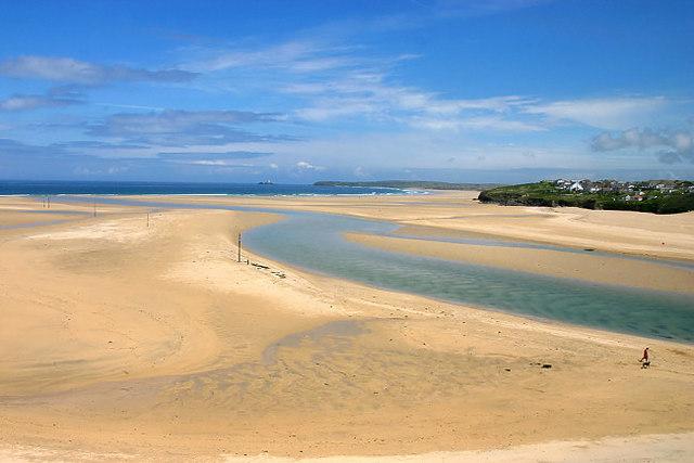 Porth Kidney beach - geograph.org.uk - 288461