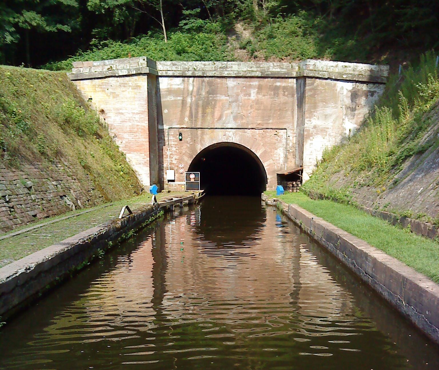 File Rhein-Marne...I 710 Tunnel