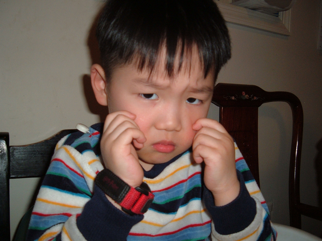 file sad boy jpg wikimedia commons