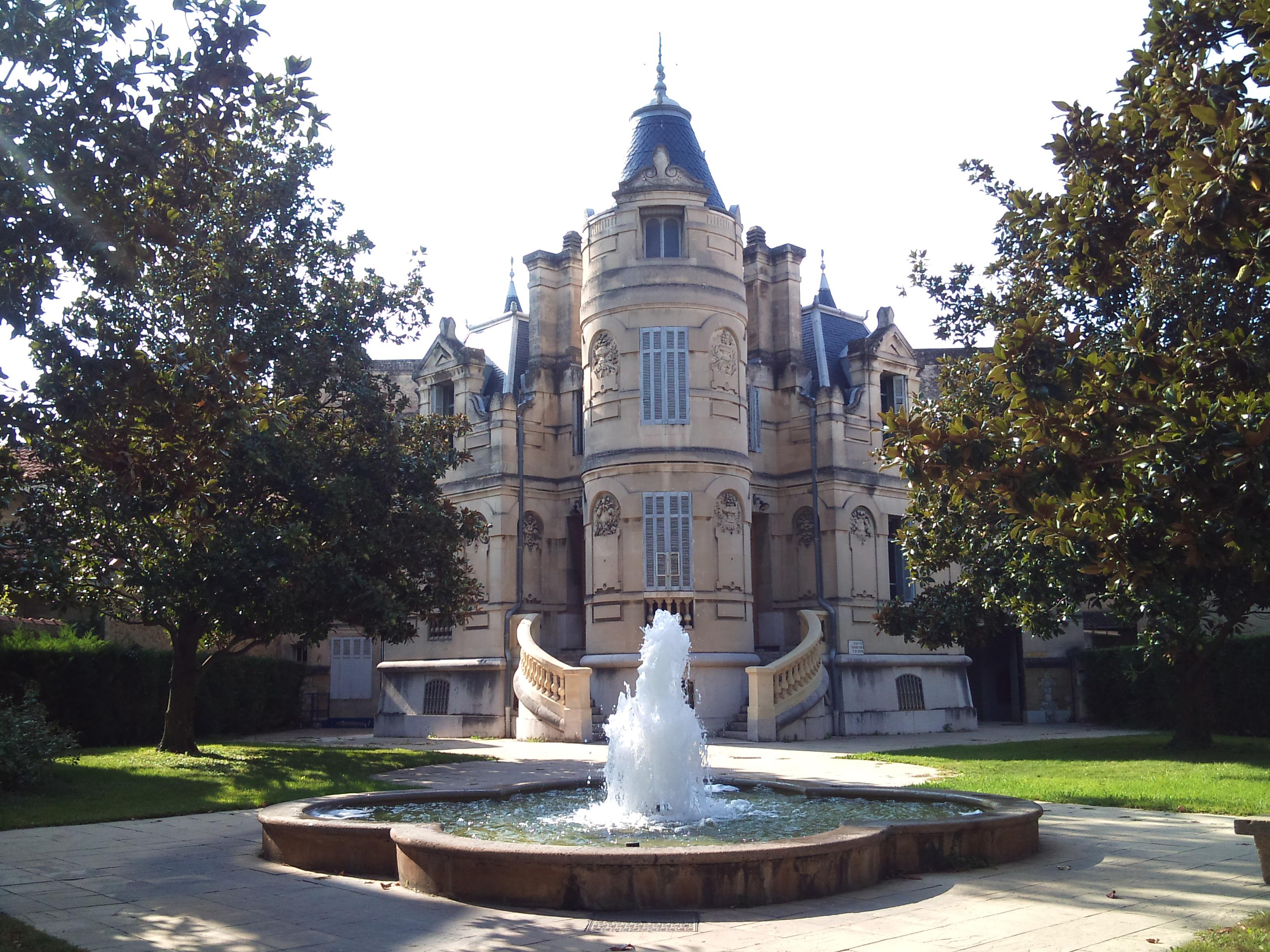 File salon de provence palais de wikimedia - Tribunal d instance salon de provence ...