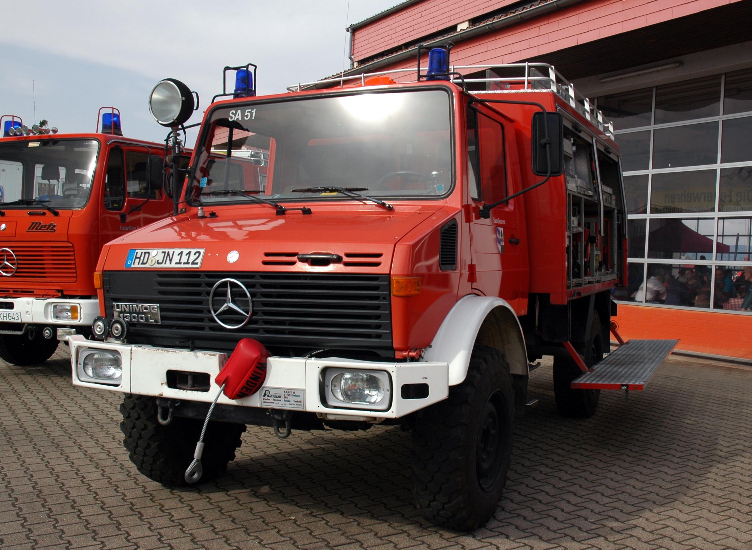 File Sandhausen Feuerwehr Mercedes Benz Unimog 1300l Lentner