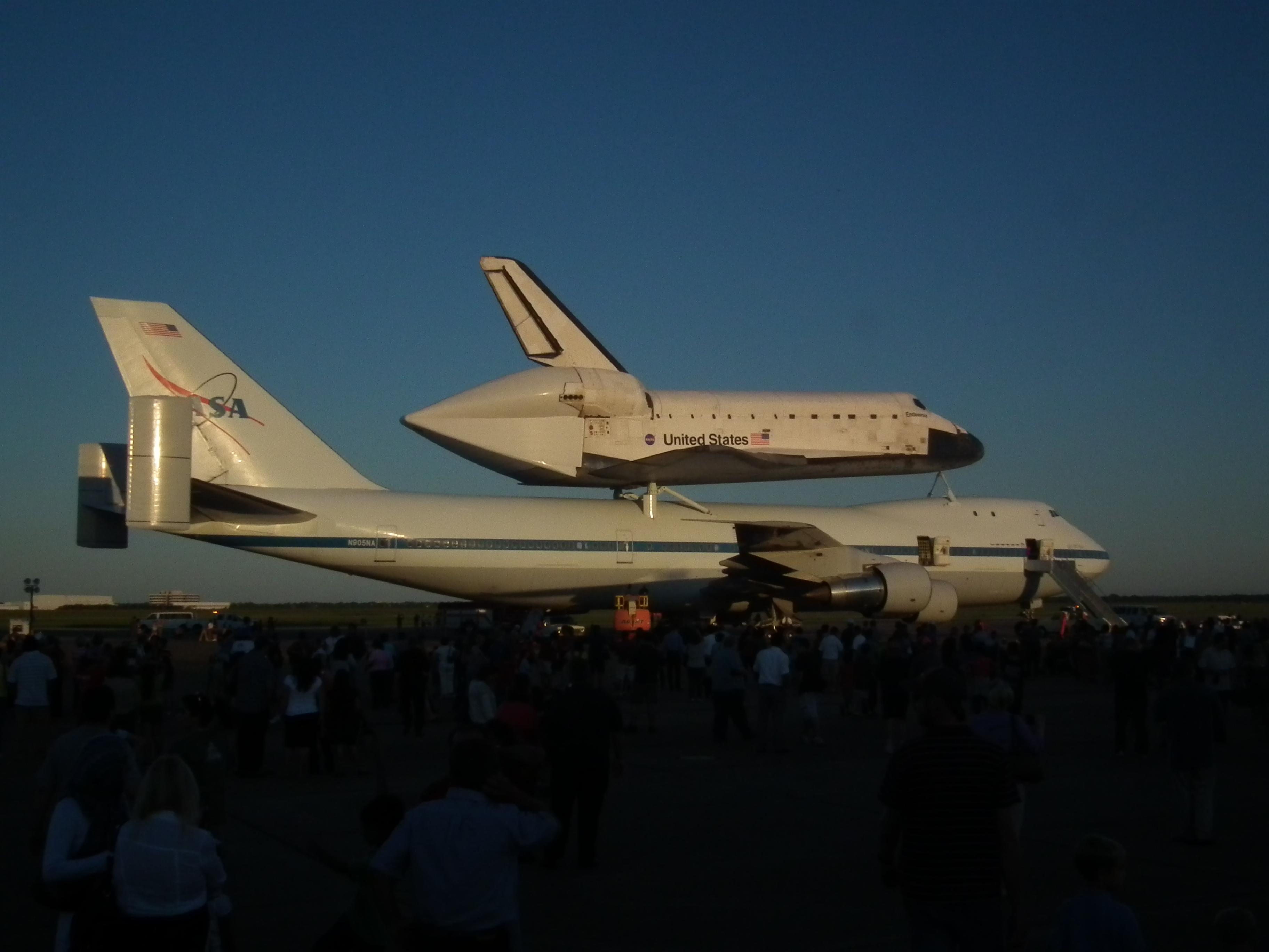 houston space shuttle graffiti - photo #24
