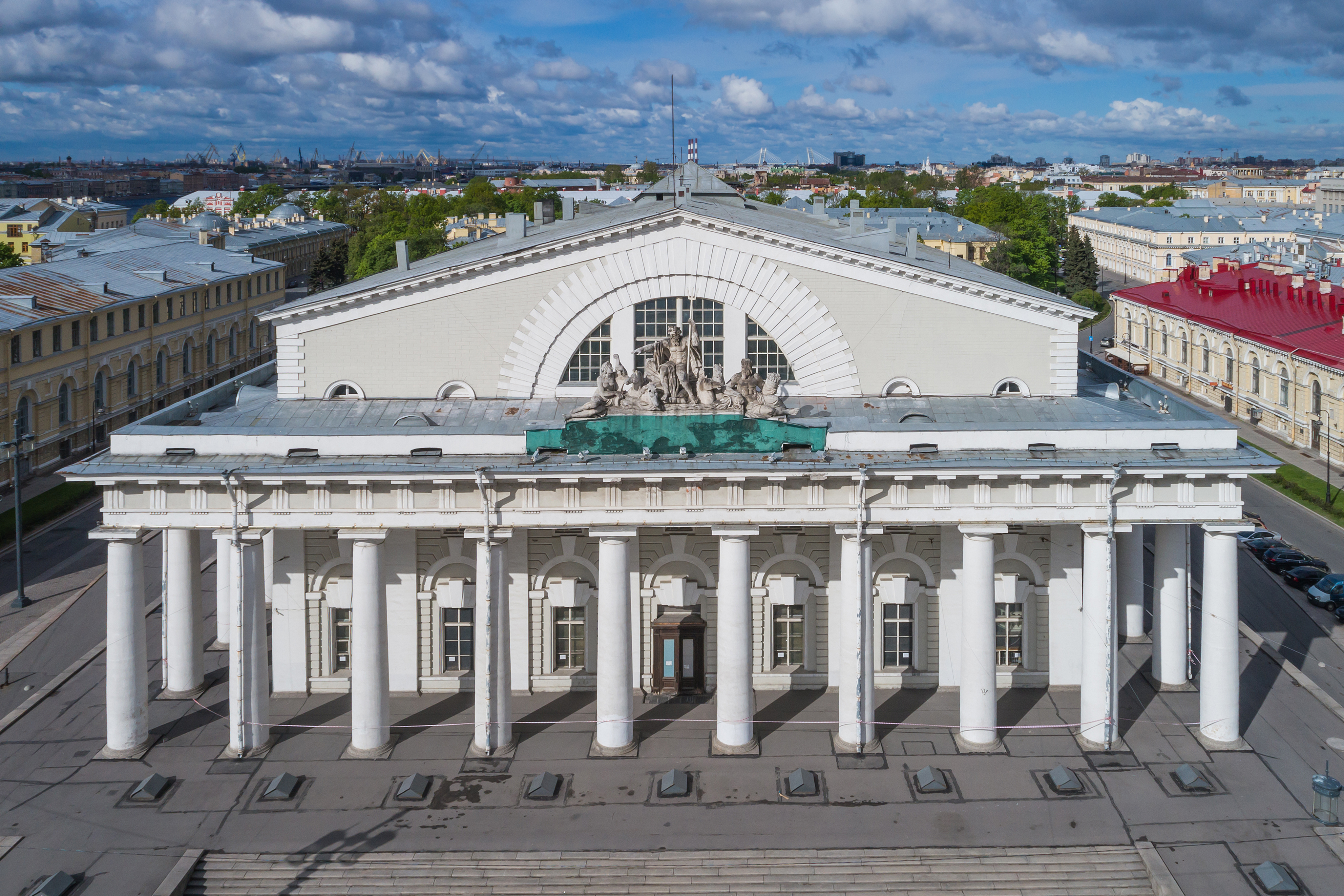 Antigua Bolsa de San Petersburgo - Wikipedia, la enciclopedia libre