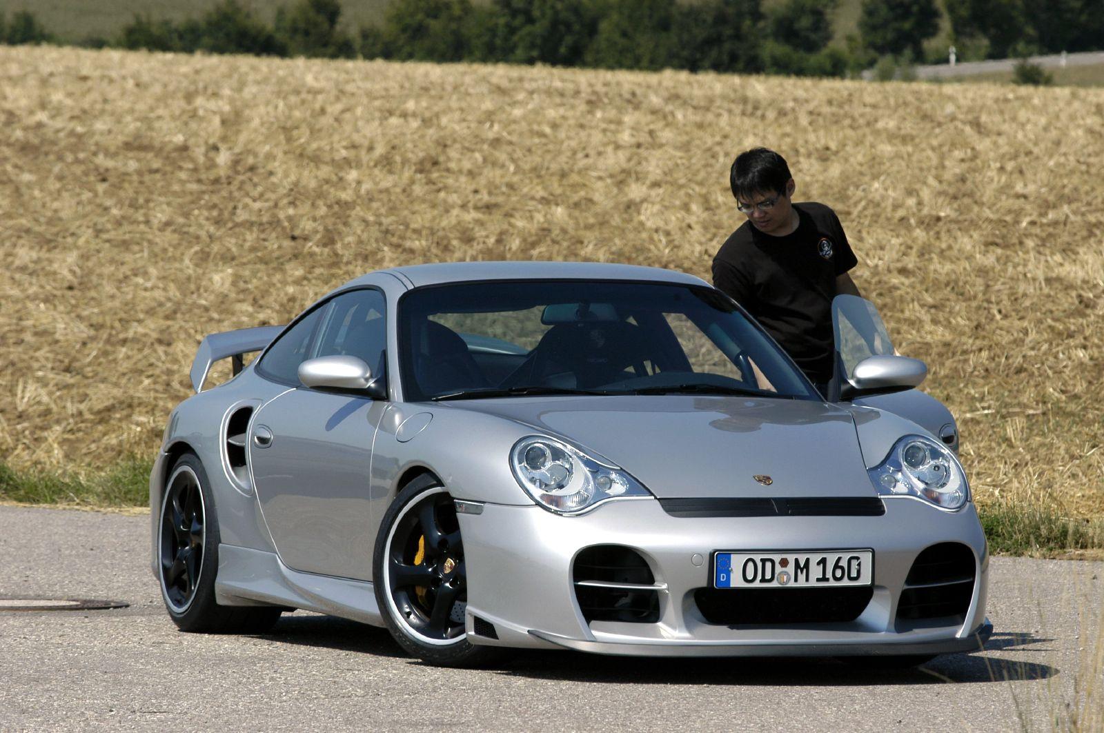 Porsche 996 Turbo >> File:TechArt GT Street based on Porsche 996 GT2.jpg - Wikimedia Commons