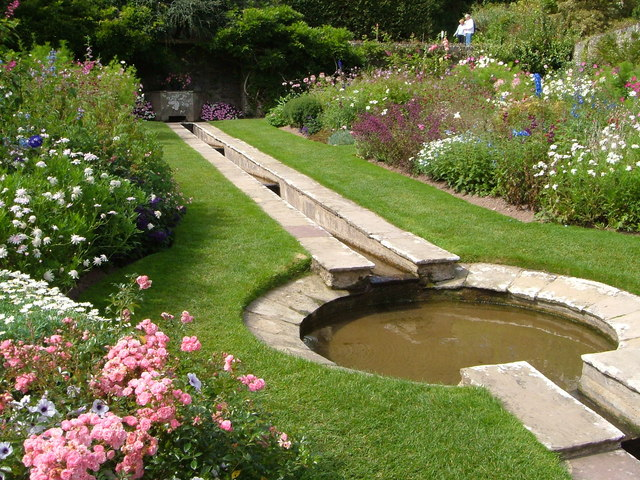 how to make a garden rill
