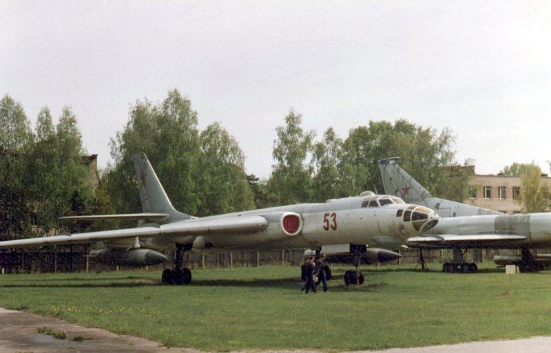 Tu-16K.jpg