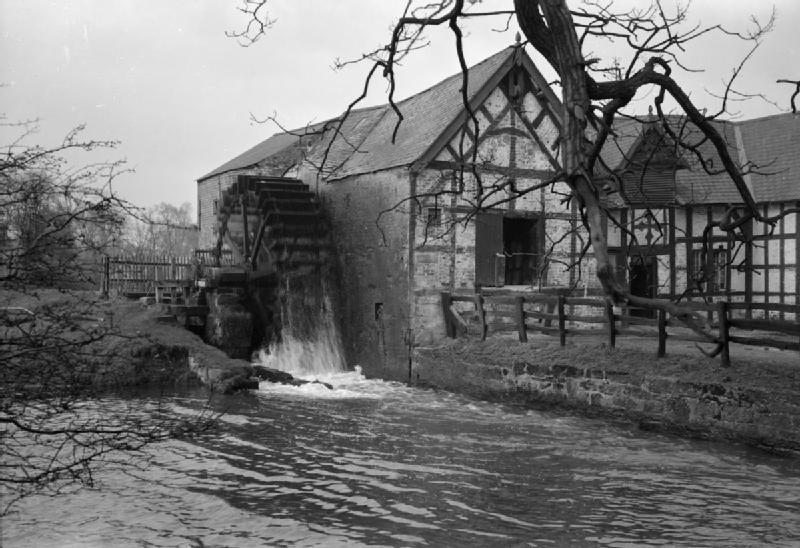 File:Water Mill at War- Everyday Life at Erbistock Mill, Near Ruabon, Denbighshire, Wales, UK, 1944 D23412.jpg