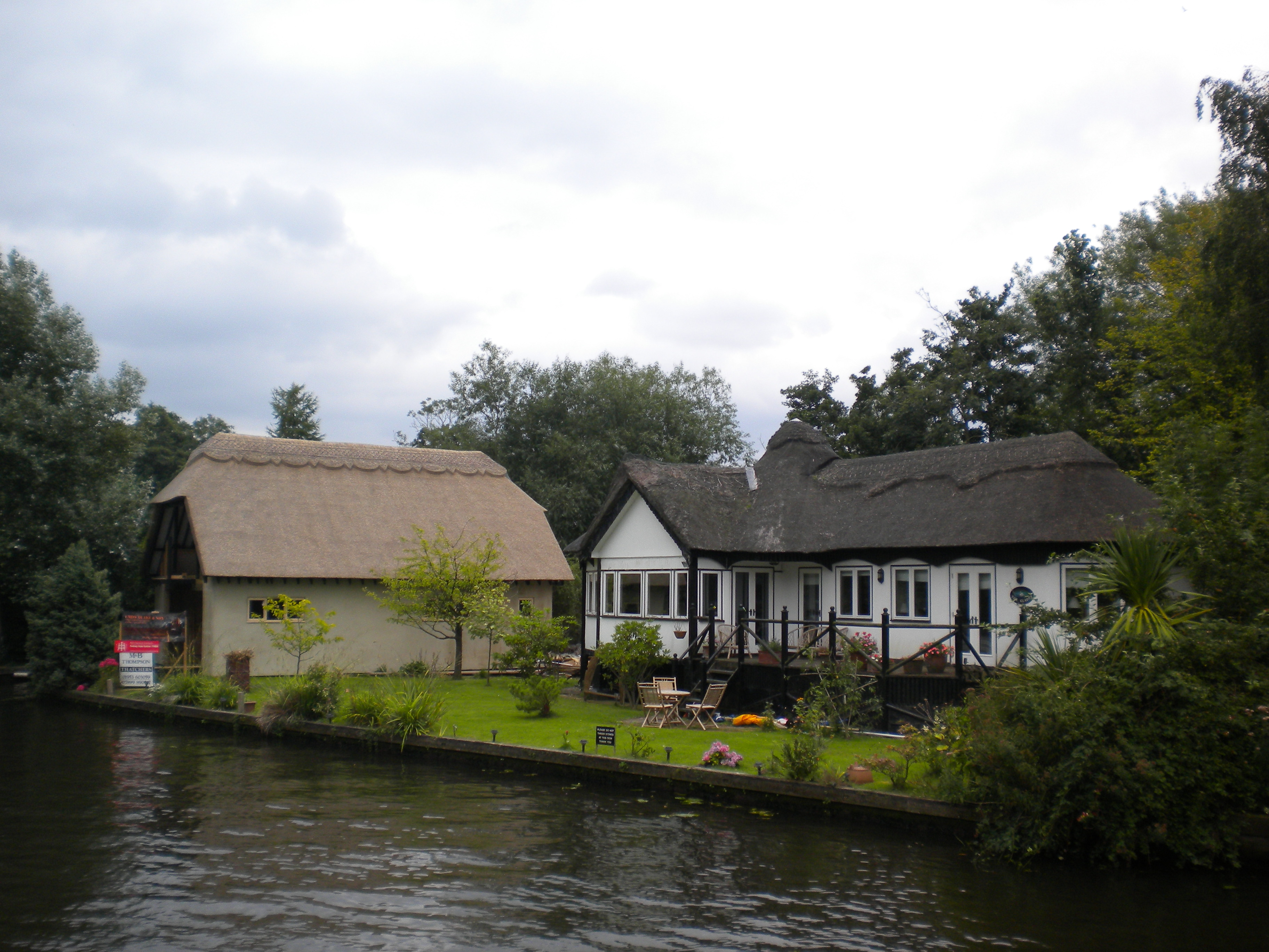 File Wroxham Riverside House Jpg
