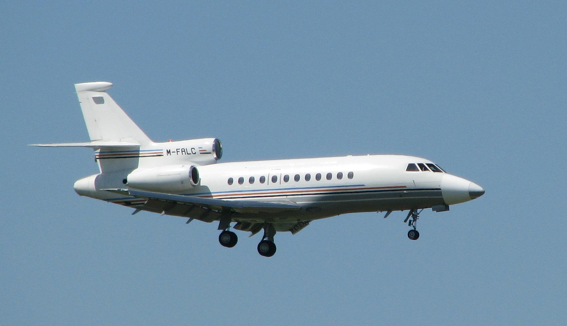 080513 Dassault Falcon 900EX M-FALC (at MUC).jpg