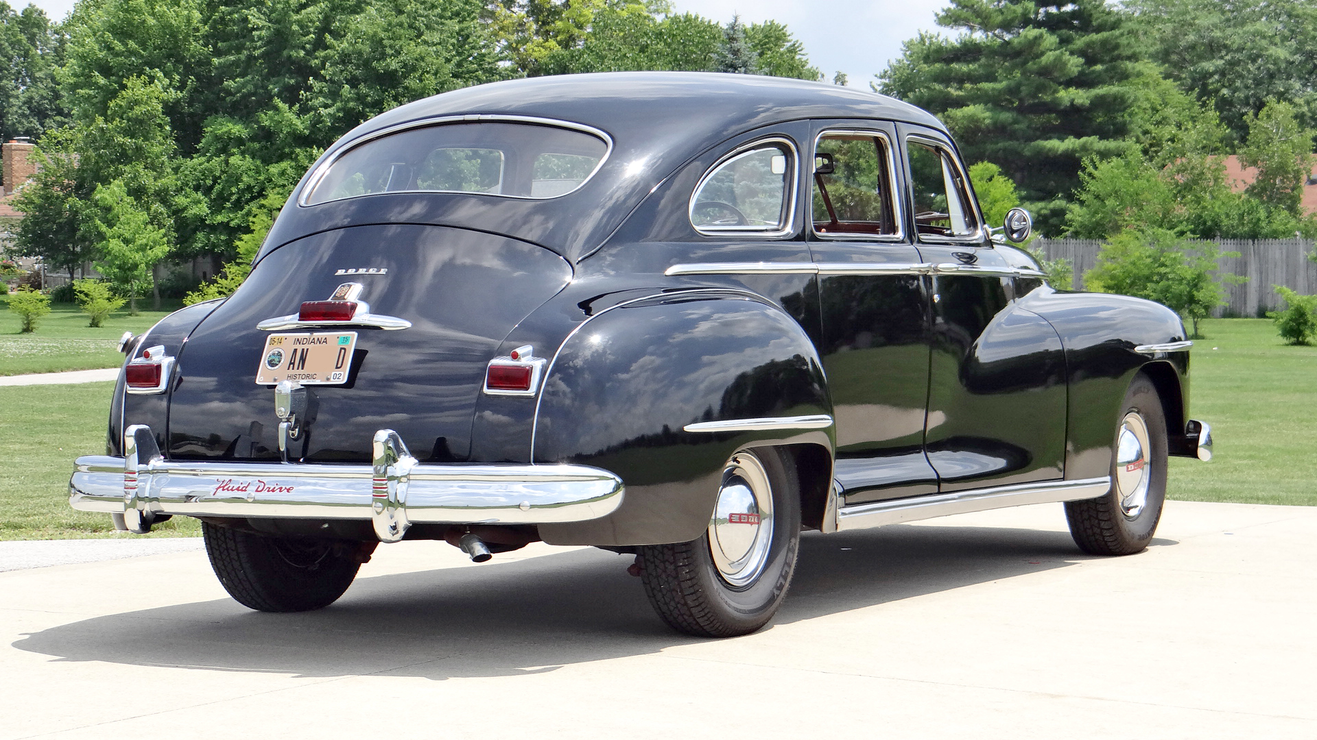 File 1946 dodge d24c 4 door sedan 272 jpg wikimedia commons for 1946 chevy 4 door sedan