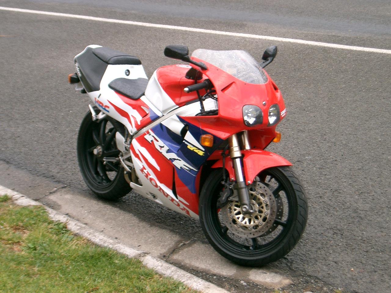 1994 Honda RVF400
