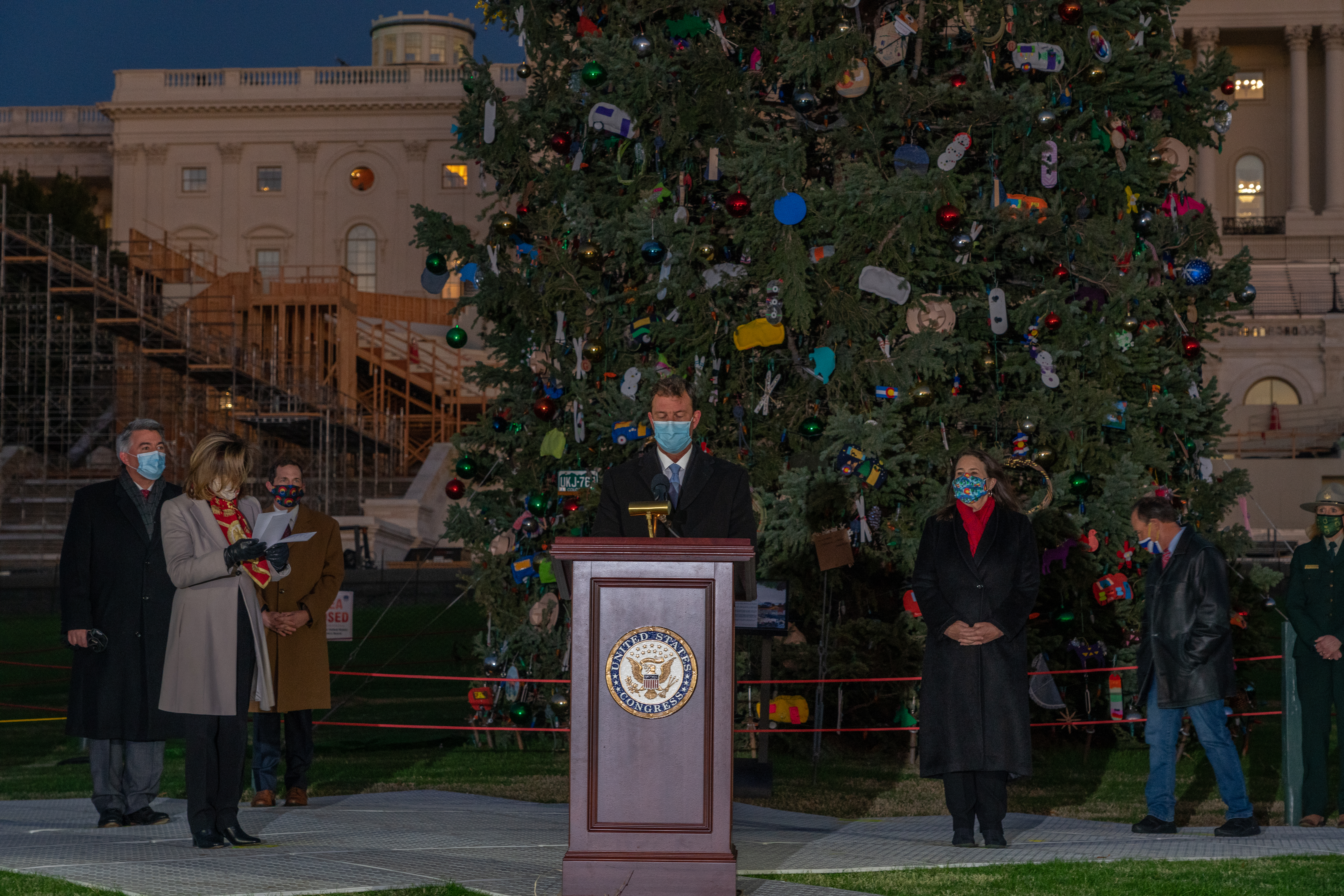 Capitol Christmas Tree Lighting Ceremony 2021 File 2020 Capitol Christmas Tree Lighting Ceremony 50676370616 Jpg Wikimedia Commons