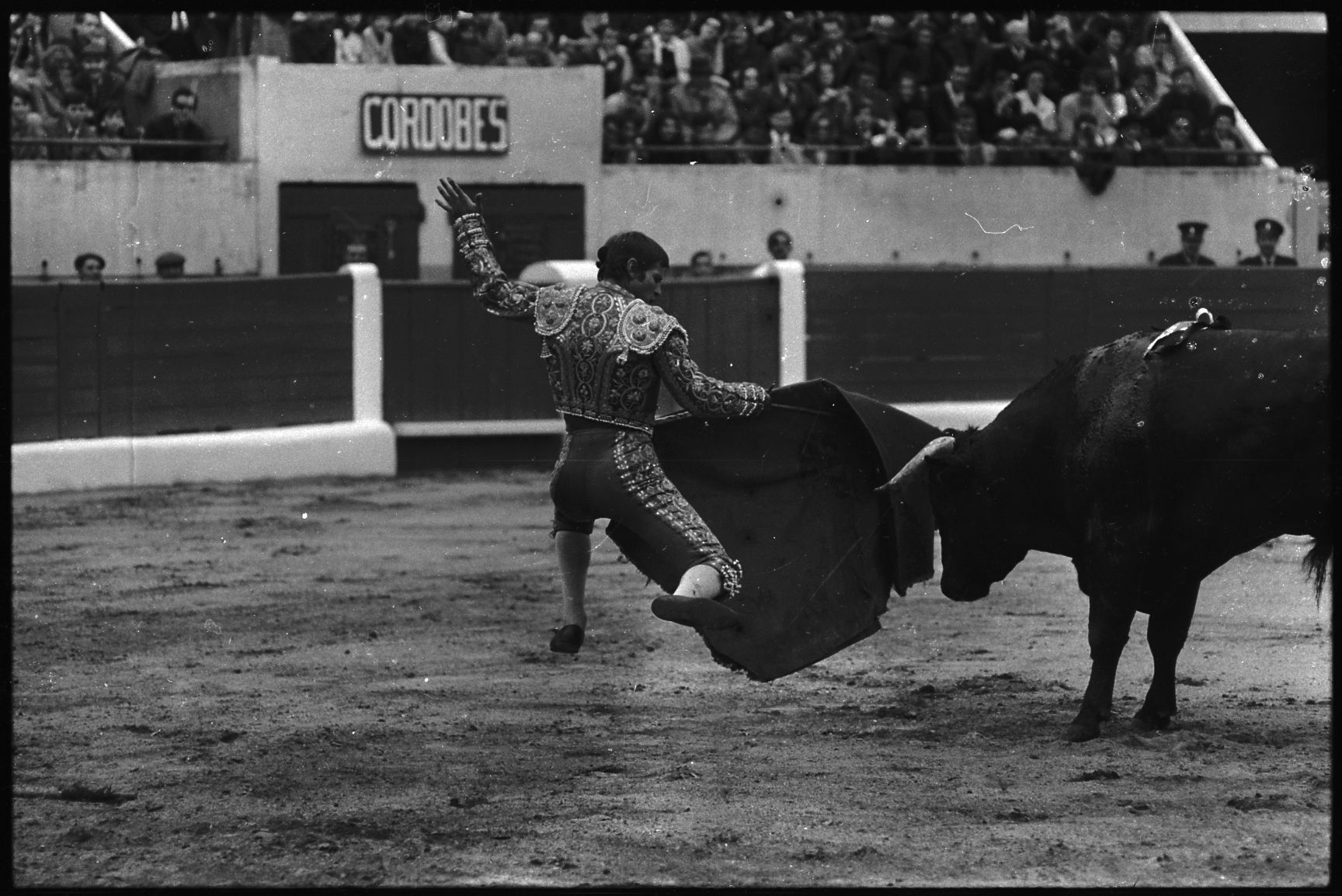 Corrida Image file:5.5.68. corrida. el cordobés (1968) - 53fi5893 - wikimedia