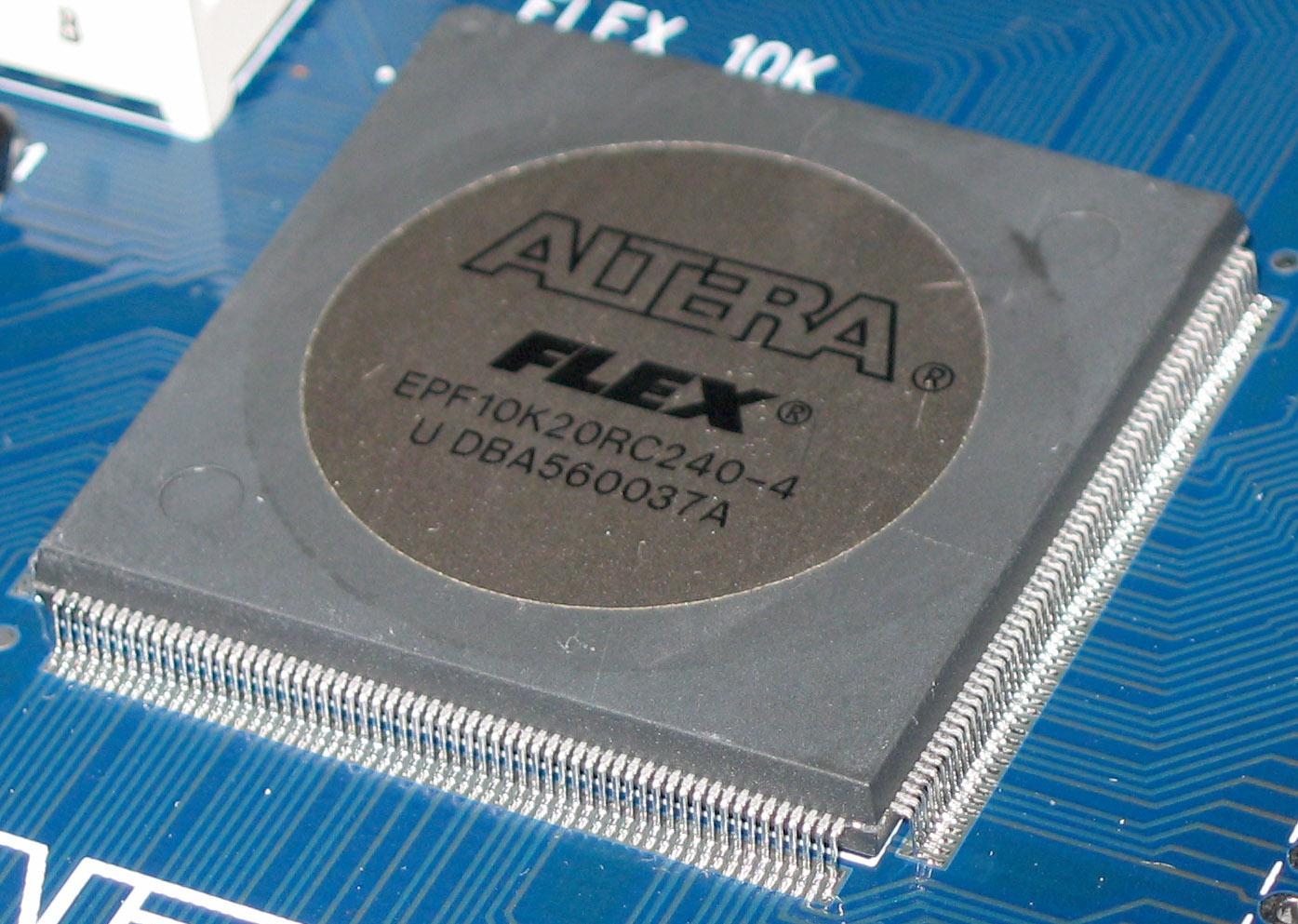 File:Altera Flex EPF10K20 20000 cell FPGA jpg - Wikimedia Commons