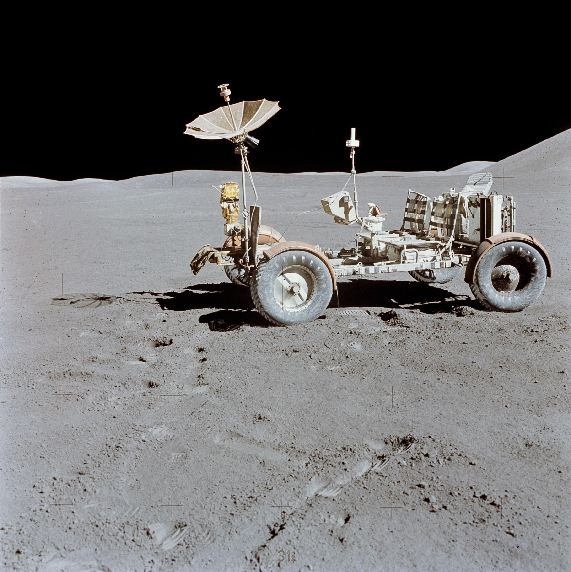 Moon Rover Vehicles - Pics about space