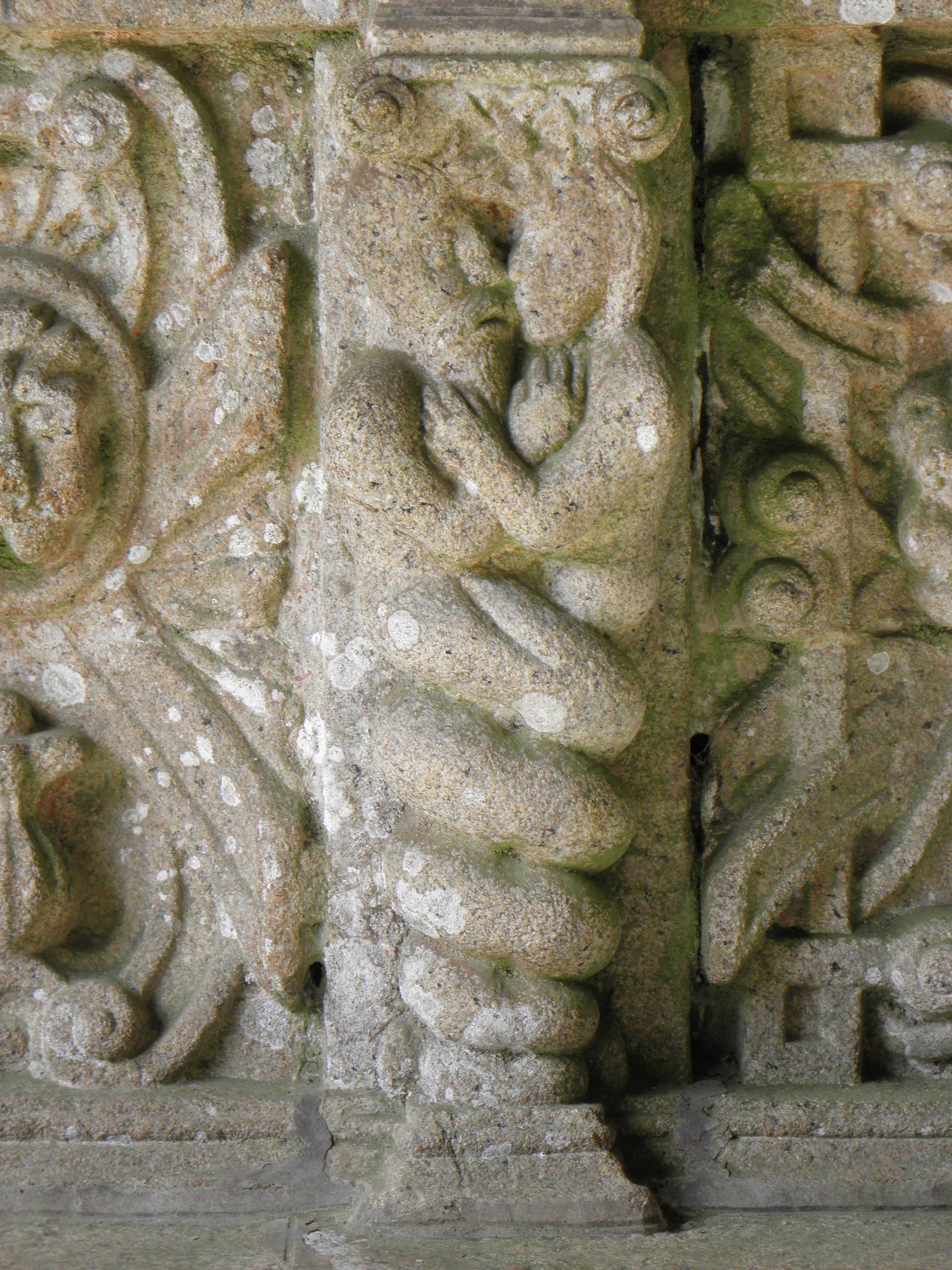 Bodilis (29) Église Notre-Dame Extérieur 09.JPG