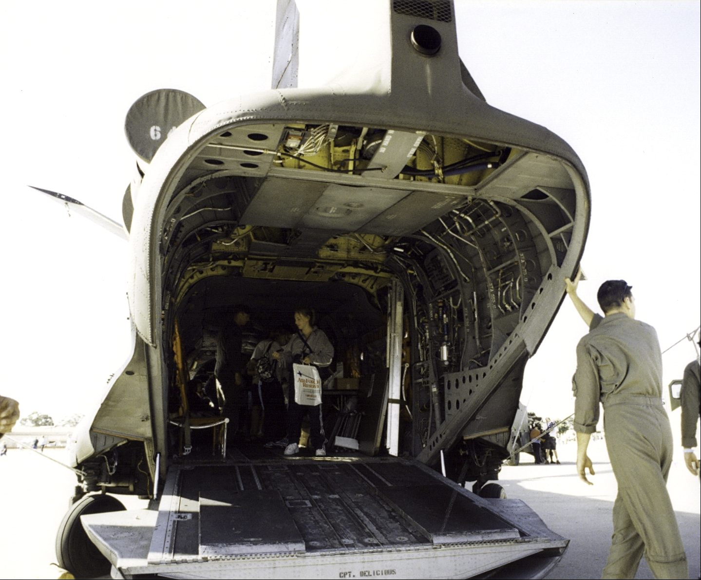 chinook helicopter photos with File Boeing Vertol Ch 47 Open Aft Cargo Hatch  5626745758 on 2854 also  furthermore ACH 2047A 20Gunship 20Chinook 20Italeri 20  20Alejandro 20Vallejo in addition File Egyptian Air Force Boeing CH 47D Chinook  414  Pichugin additionally 492581277973521746.