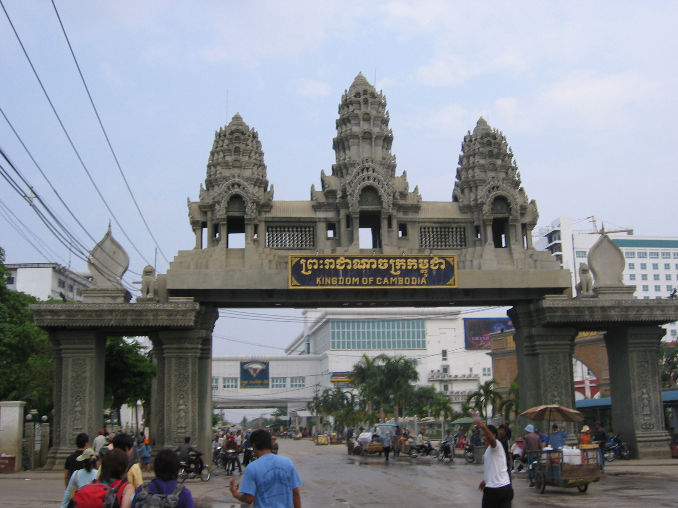 Poipet border crossing into Cambodia