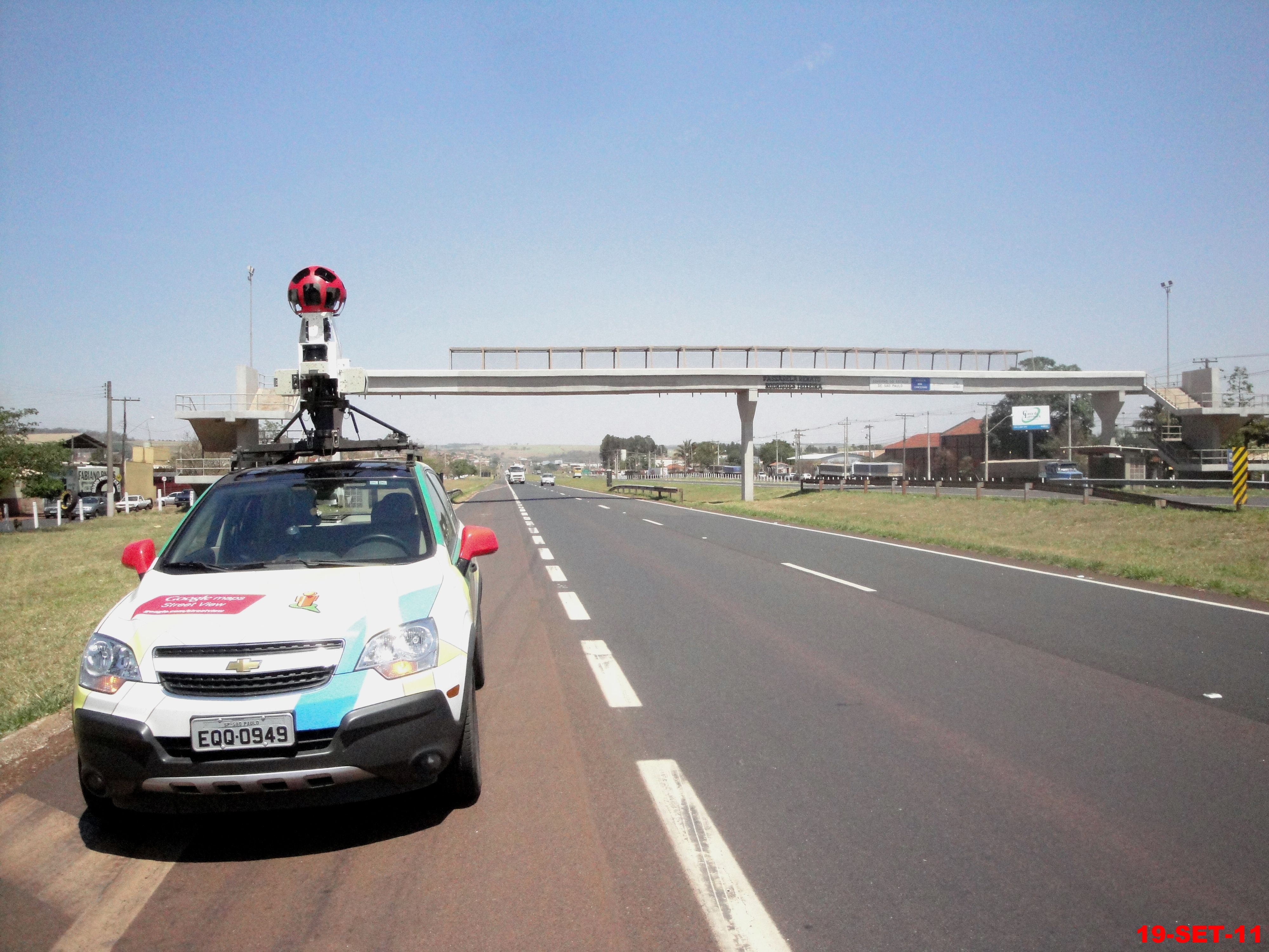 File:Carro do Google maps Street View na Rodovia Anhanguera SP-330 on