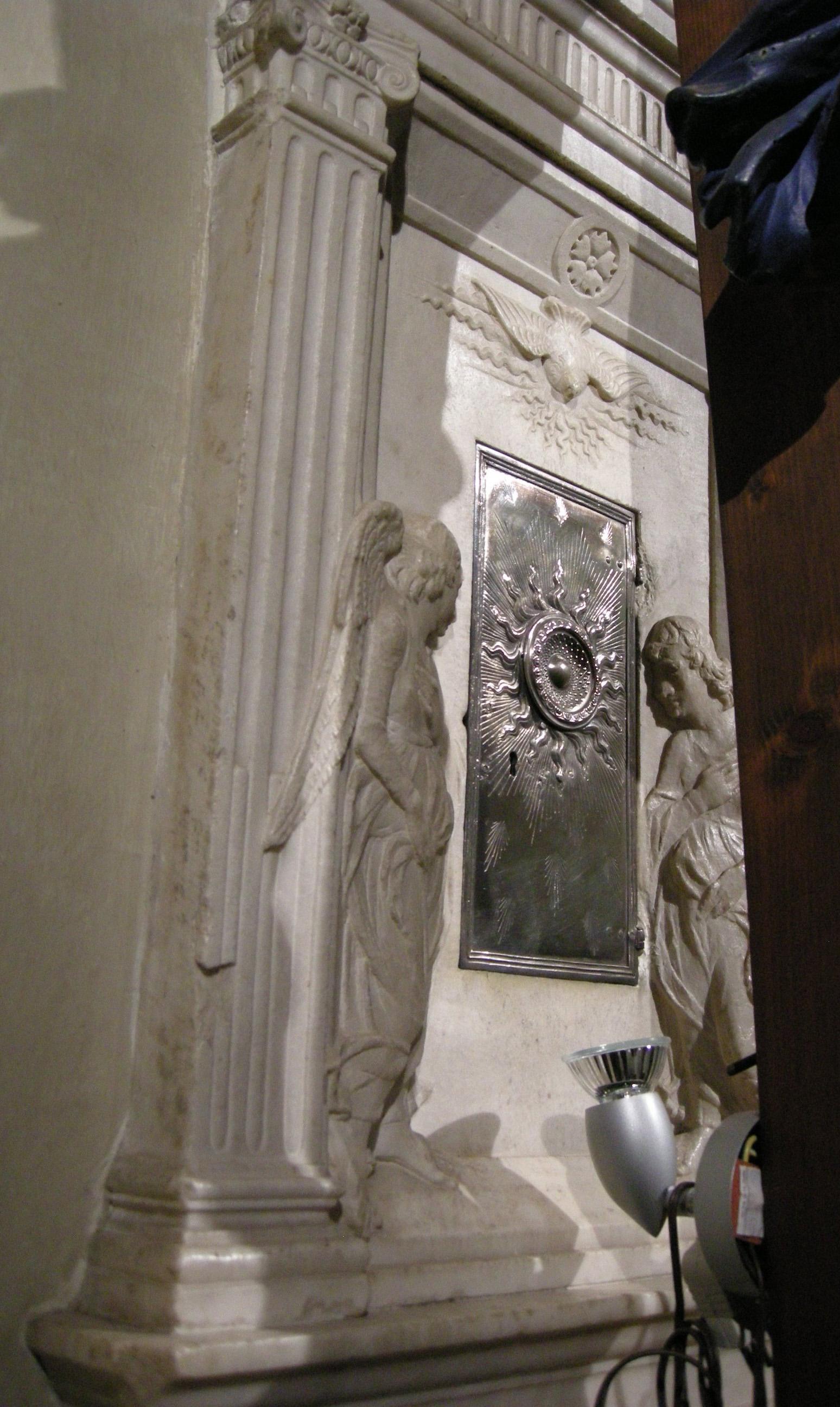 File Chiesa Di San Biagio A Petriolo Interno 09 Ciborio