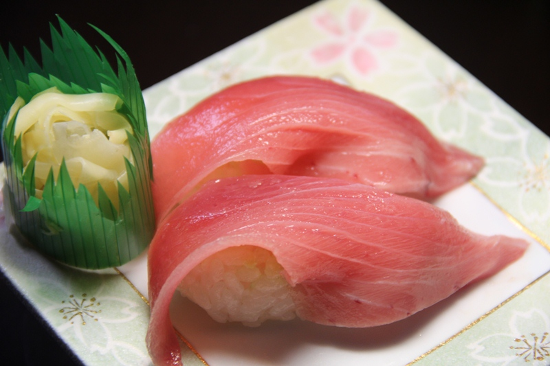 from http://commons.wikimedia.org/wiki/File:Chutoro_Maguro.jpg