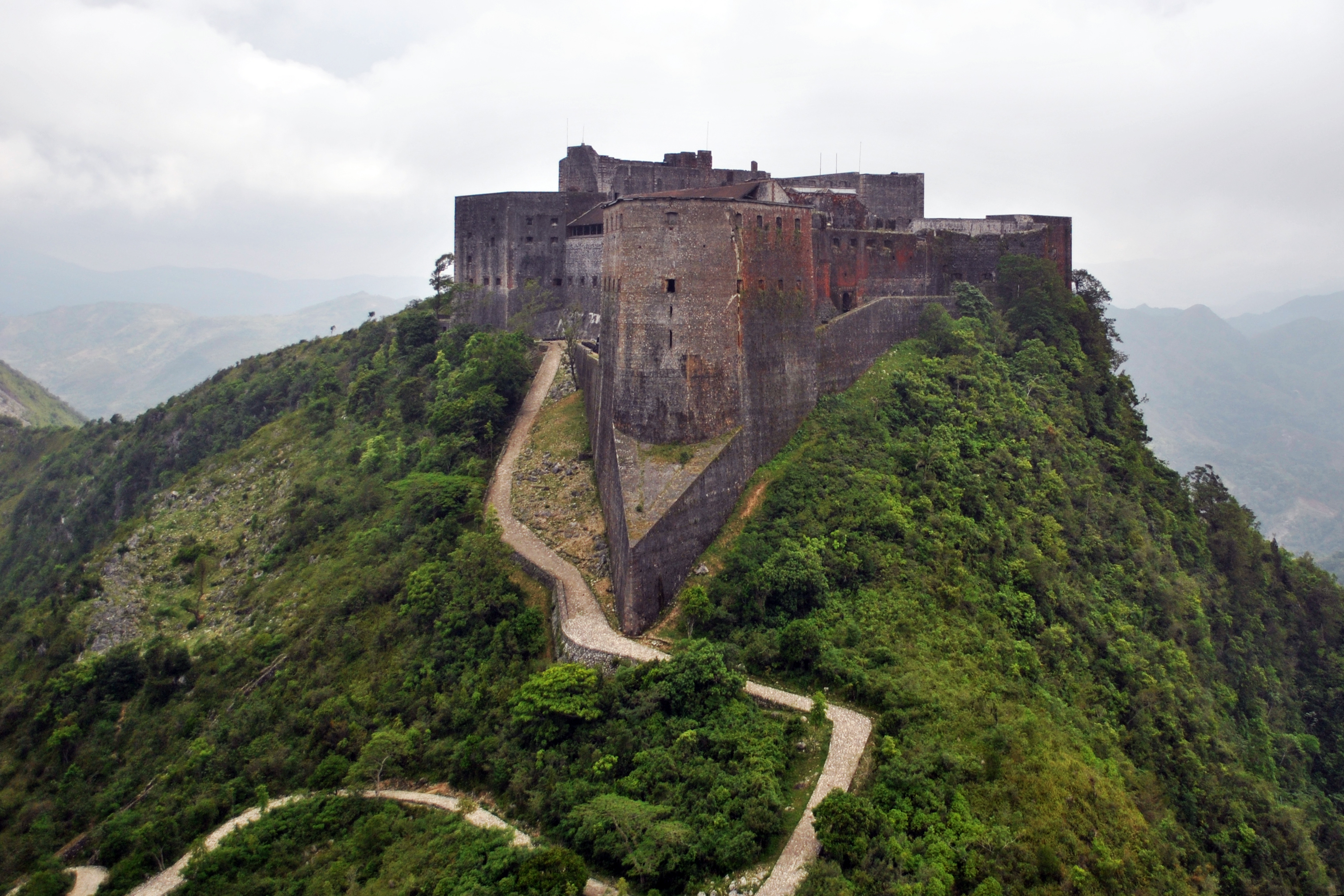 File:Citadelle Laferrière Aerial View.jpg - Wikimedia Commons