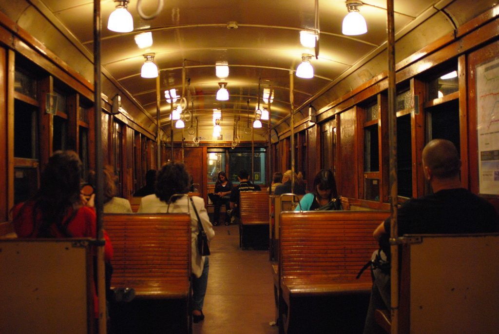 File coche la brugeoise wikimedia commons for Interieur forma buenos aires