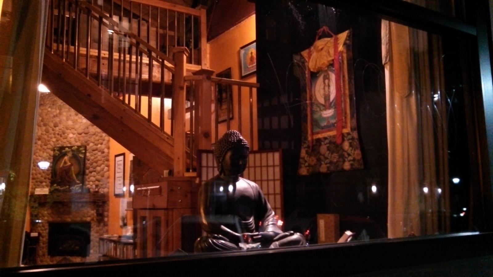 servizio di incontri buddistiQuante volte si parla con il ragazzo che stai frequentando