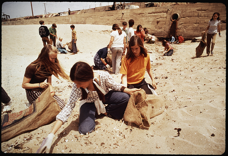 Eighth Grade Students From St Bonaventure High School Spend Recess Period Picking Up Trash On Beach Near Oil Wells Nara