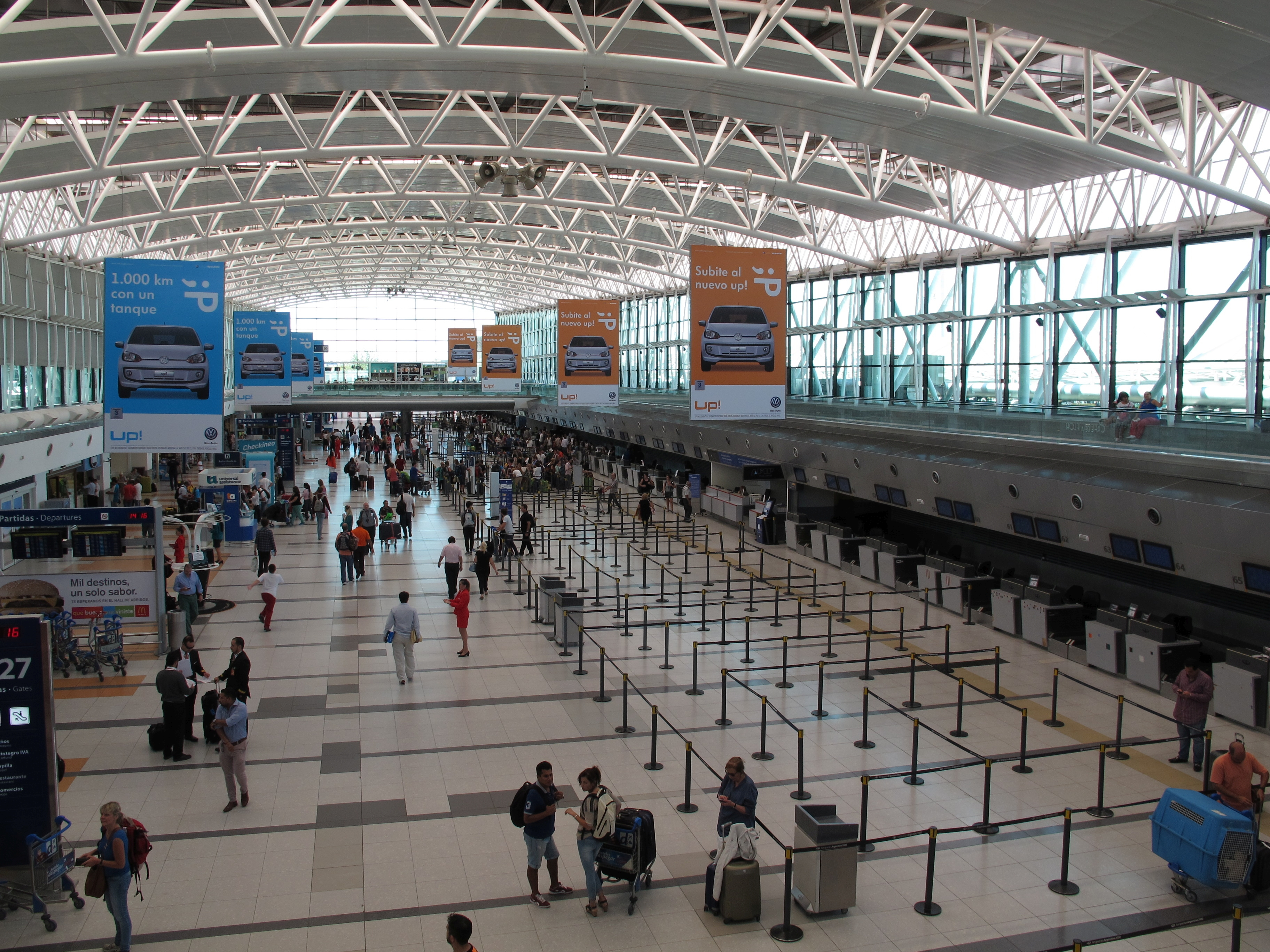 Aeroporto Eze : Happiness for holidays at ezeiza eze airport buenos airu flickr