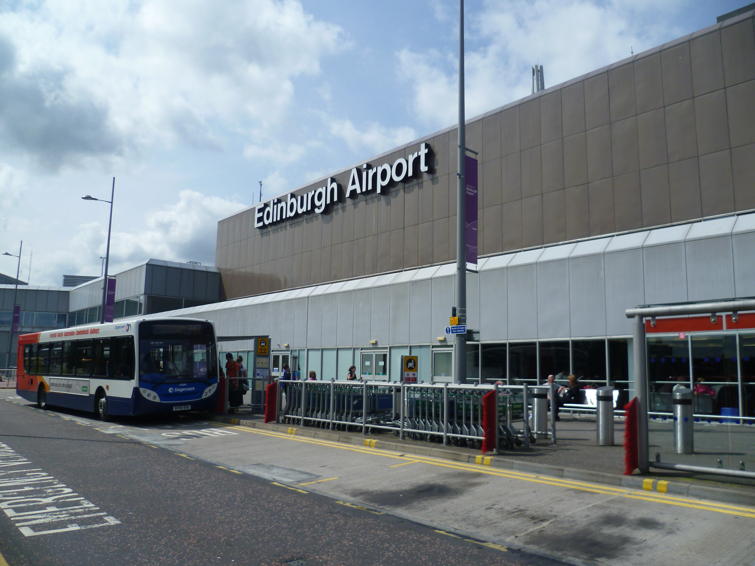 Rennes Airport Car Hire Opening Times