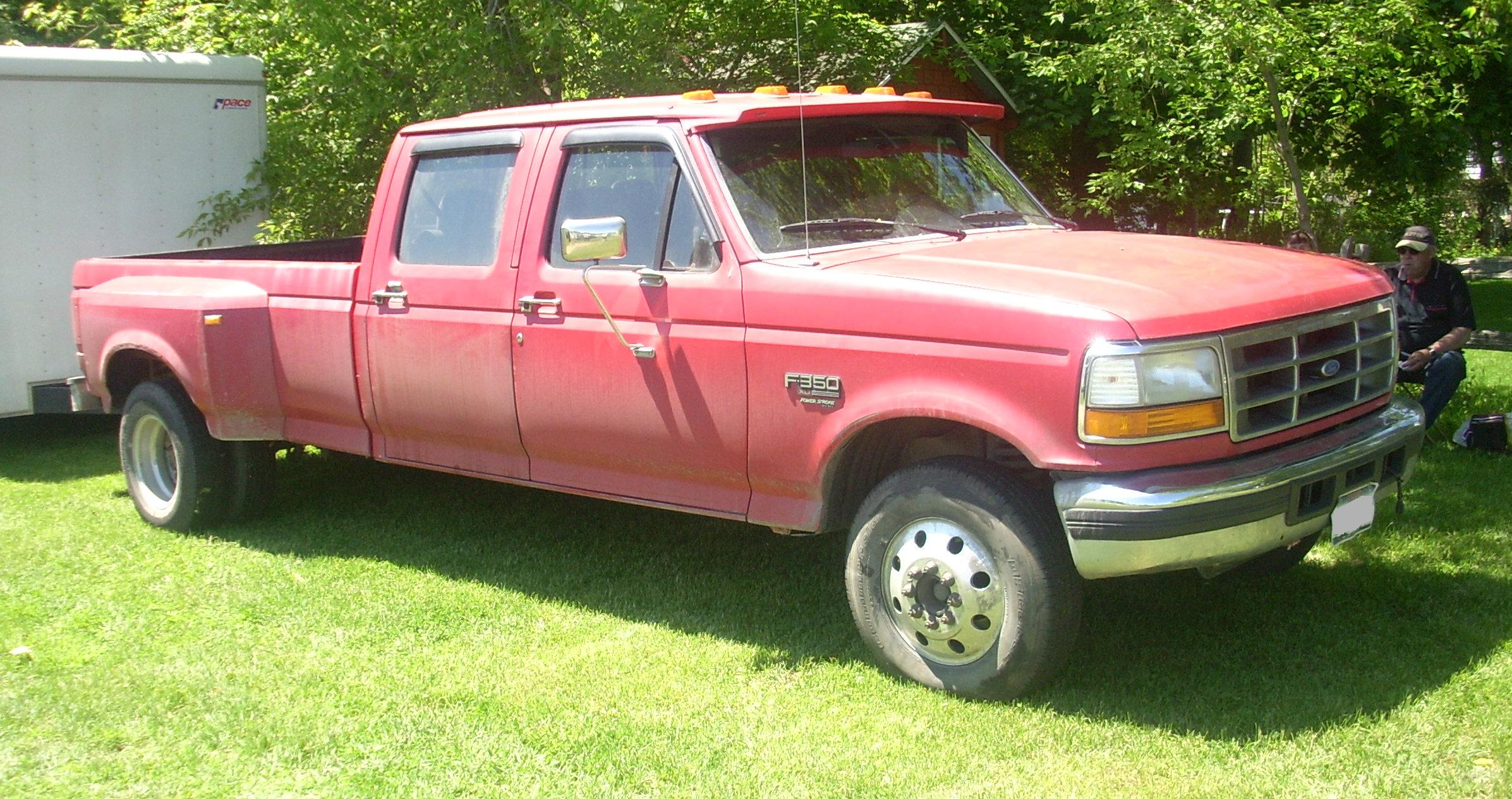 Description Ford F-350 Power Stroke (Hudson).JPG
