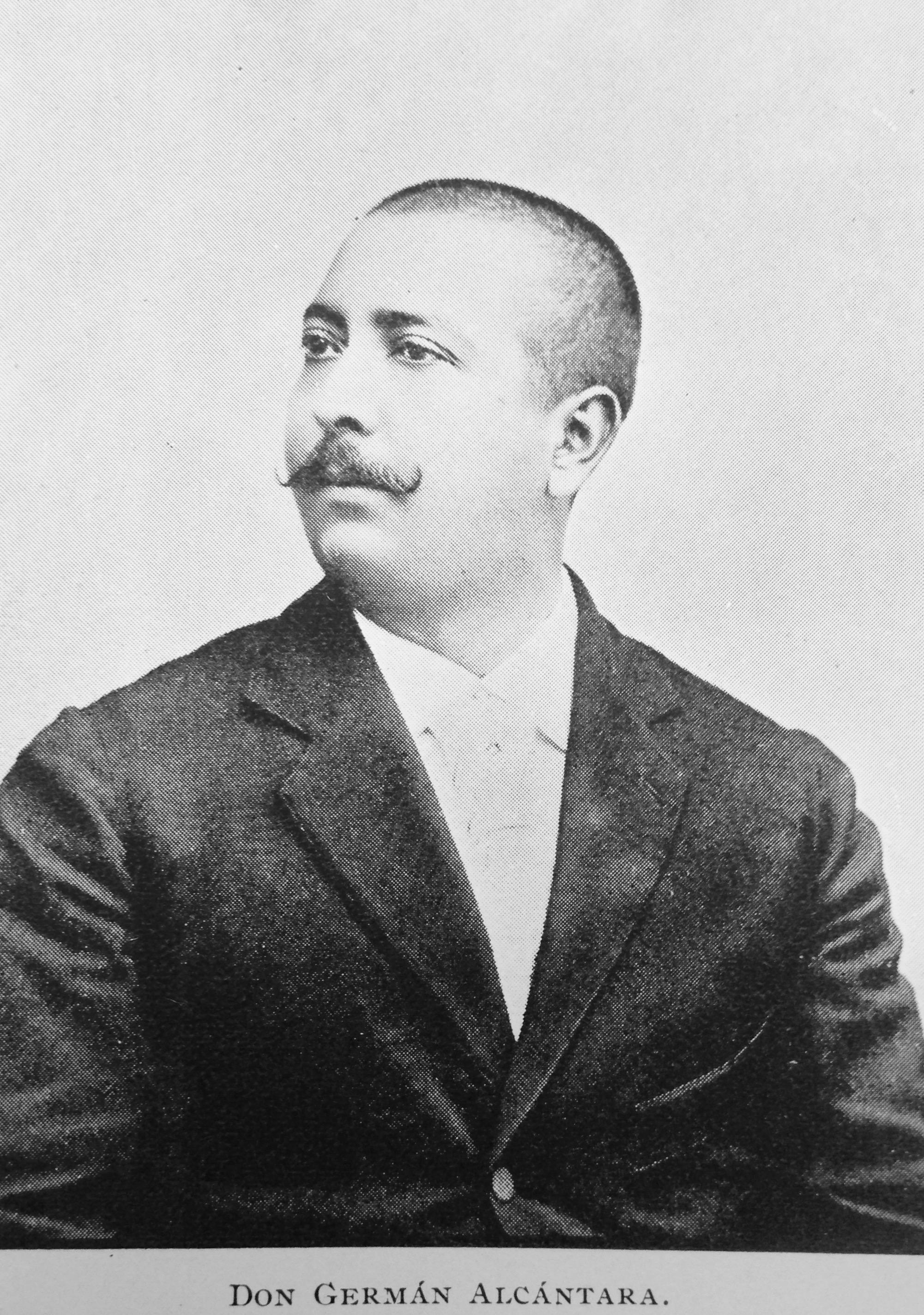 Maestro Germán Alcántara, compositor de La Flor del Café.  El Conservatorio Nacional de Música —del que fue director— lleva su nombre. Fotografía de La Ilustración del Pacífico