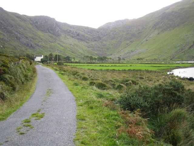 File:Glenbeg - geograph.org.uk - 263782.jpg
