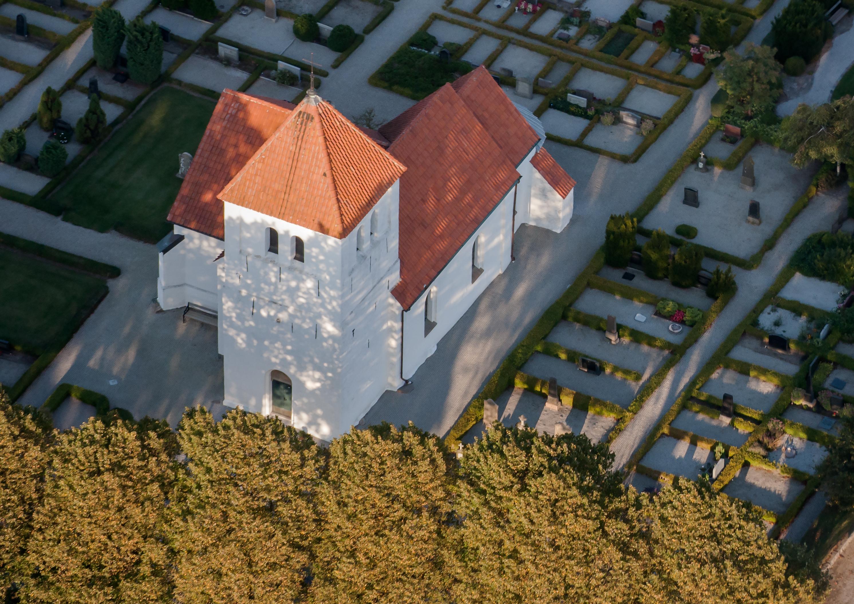 Hofterups kyrka